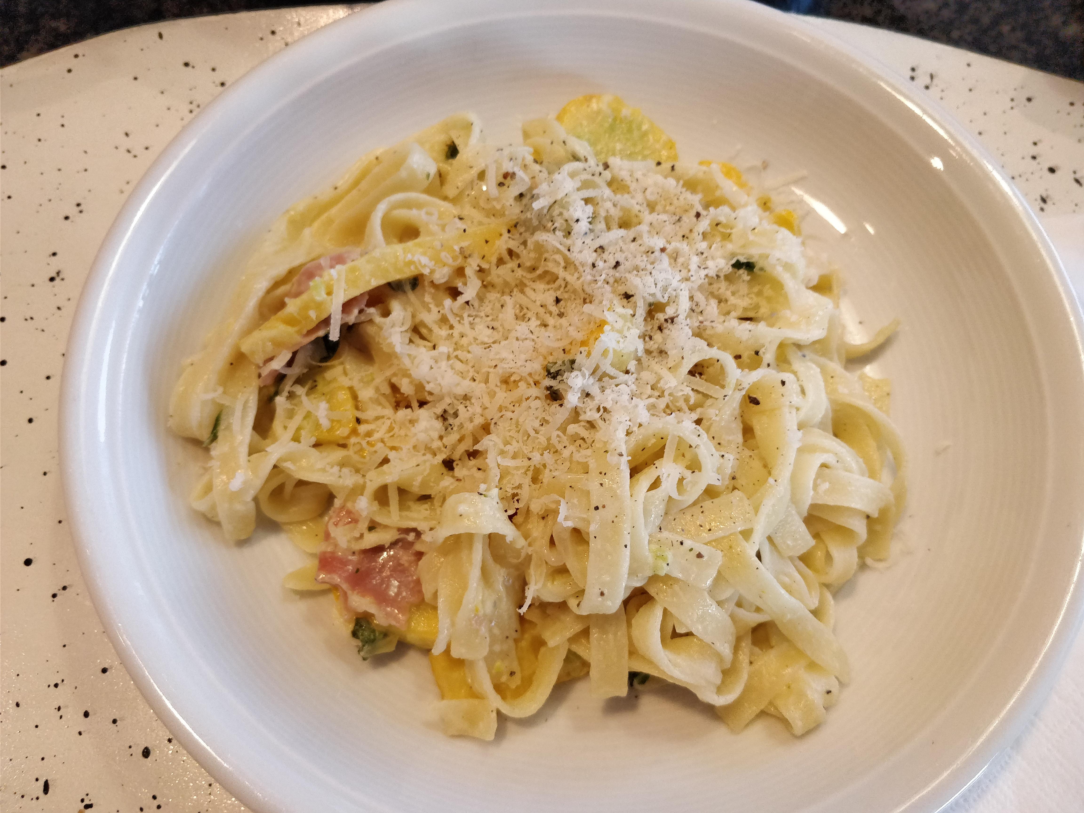 http://foodloader.net/nico_2017-07-20_nudeln-mit-zucchini-sauce.jpg
