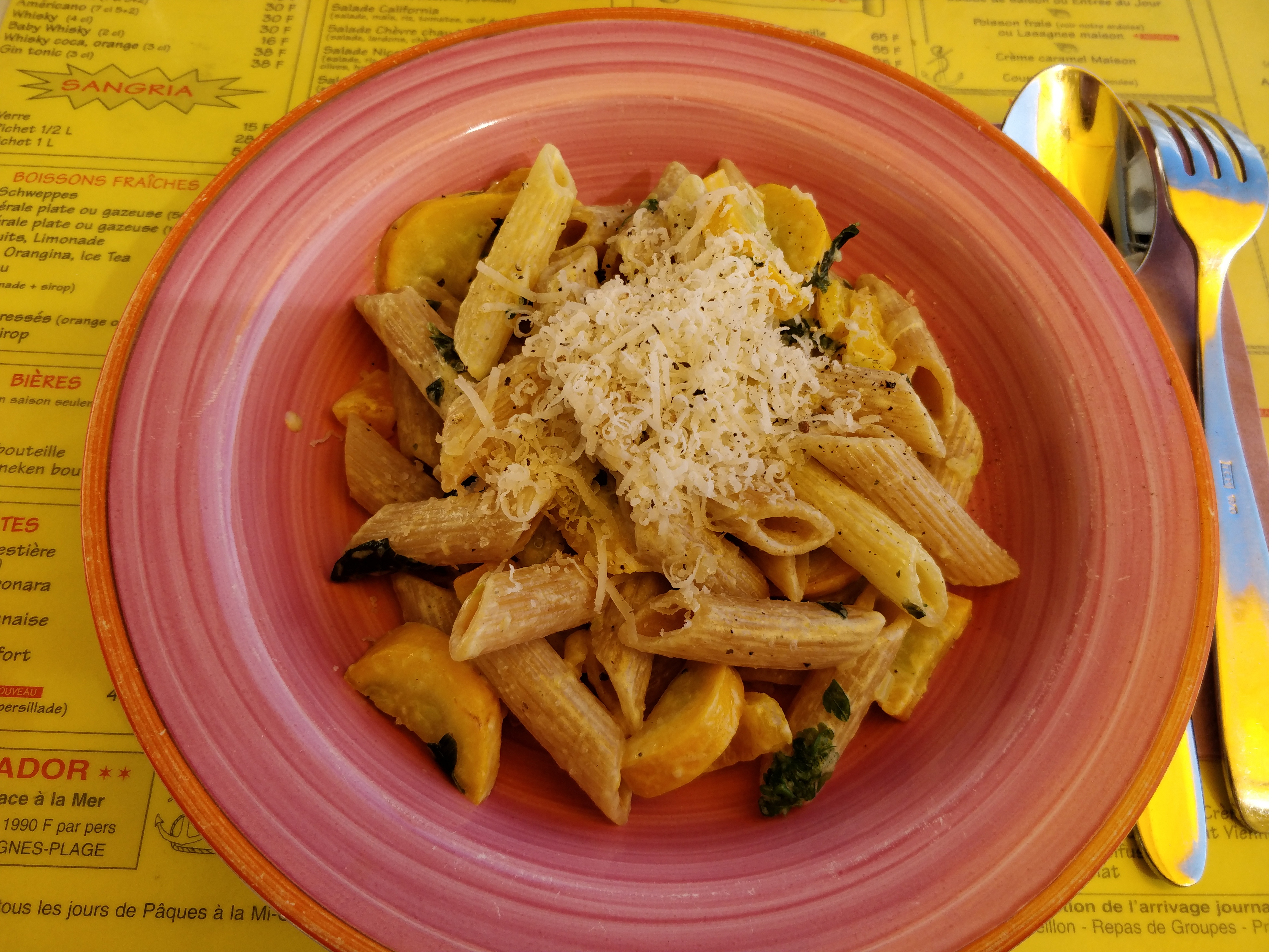 http://foodloader.net/nico_2017-07-29_penne-mit-zucchini-sauce.jpg
