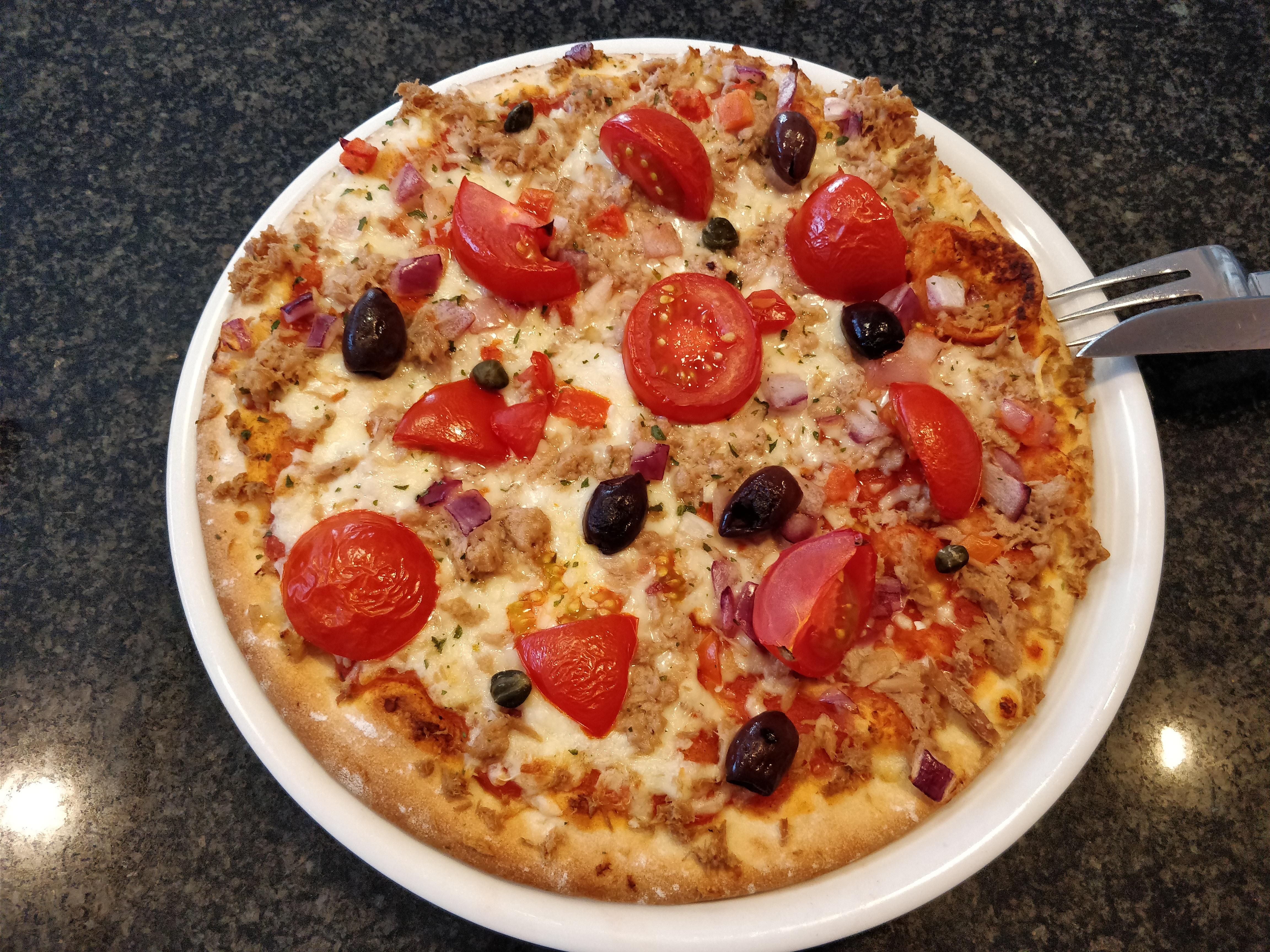 http://foodloader.net/nico_2017-07-29_thunfischpizza.jpg