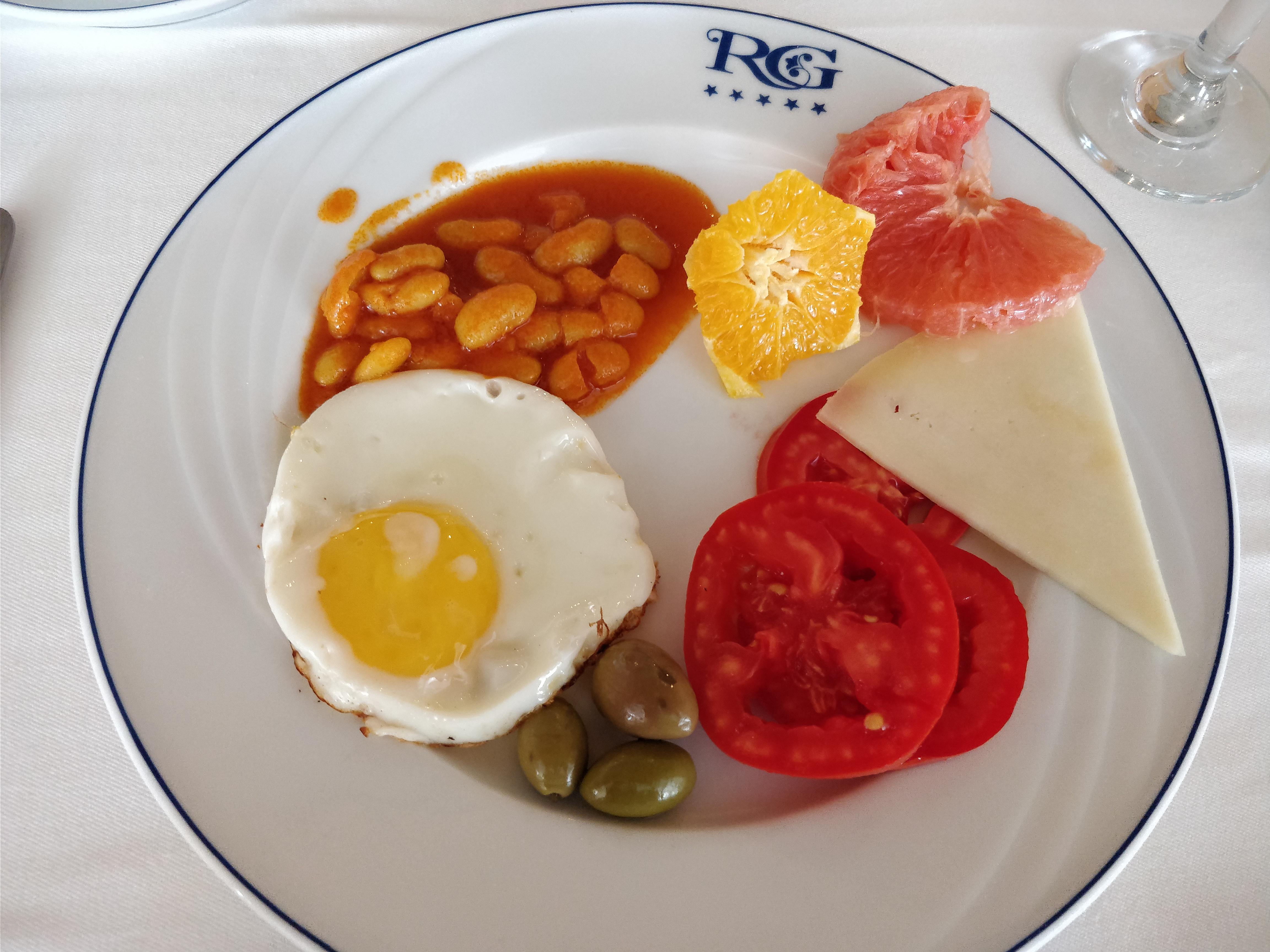 https://foodloader.net/nico_2017-08-12_royal-garden-palace-fruehstueck-1.jpg