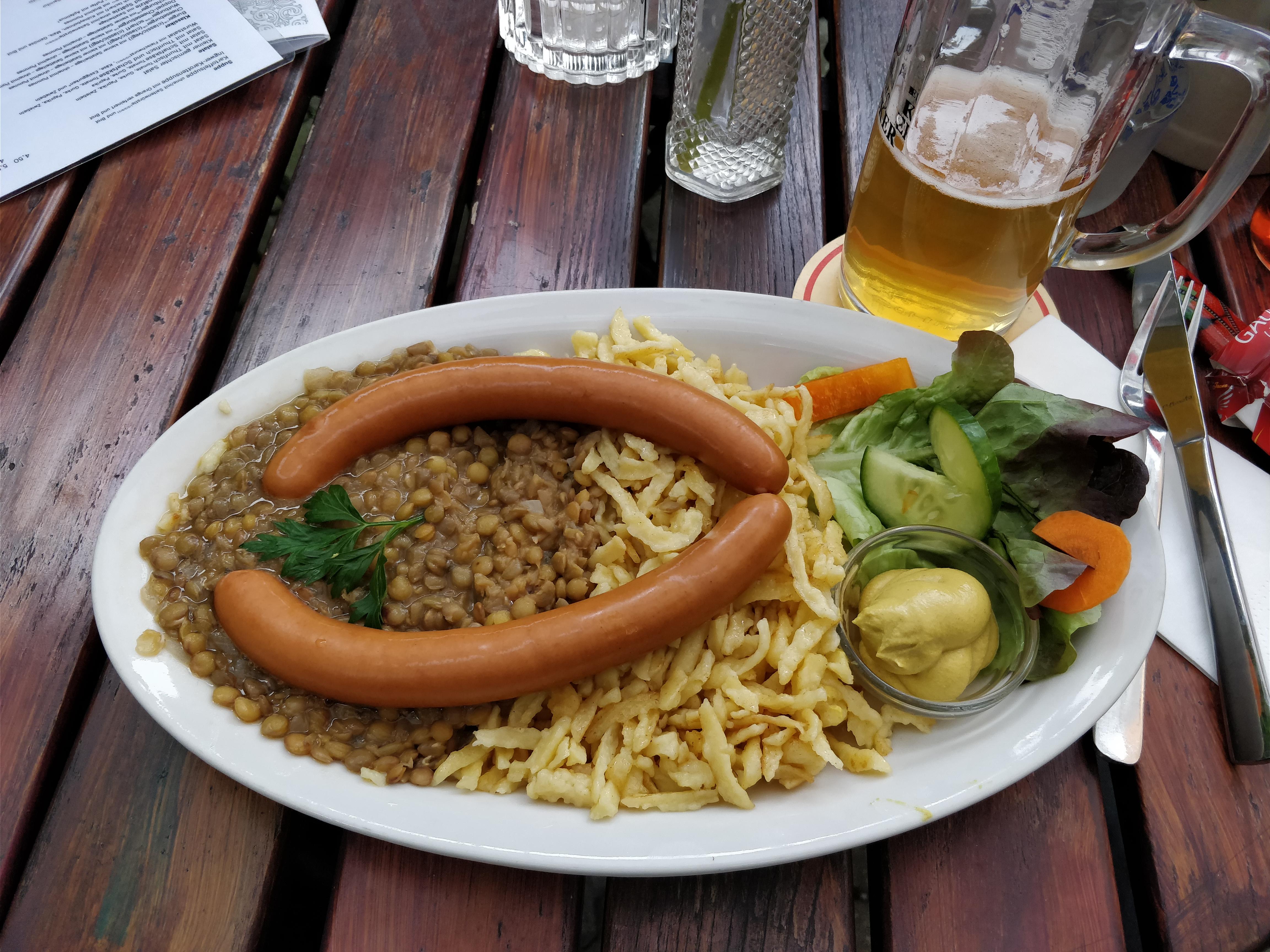 http://foodloader.net/nico_2017-09-08_linsen-mit-spaetzle-und-saitenwuerstchen.jpg