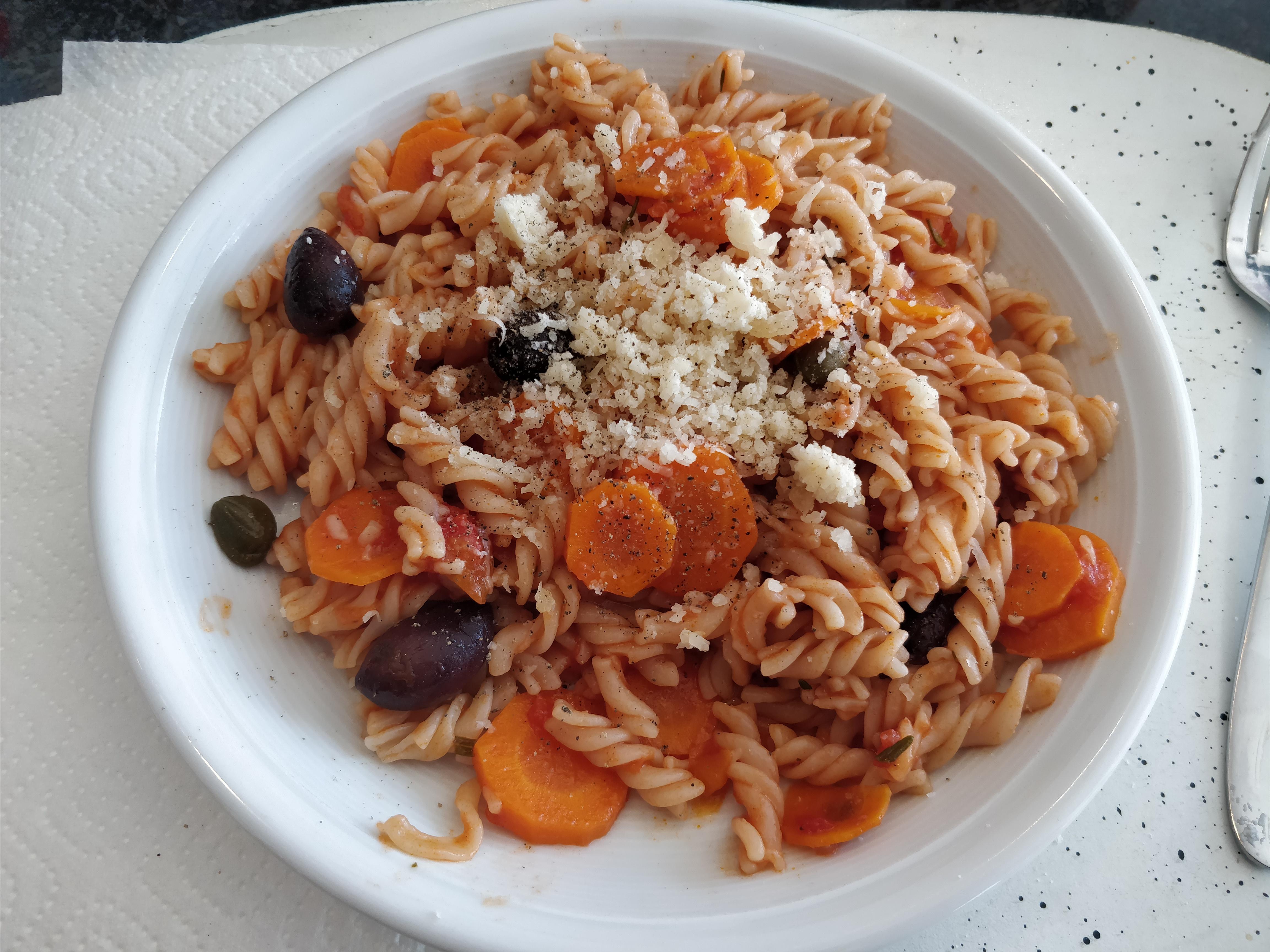 http://foodloader.net/nico_2017-09-17_fusilli-mit-tomatensauce.jpg