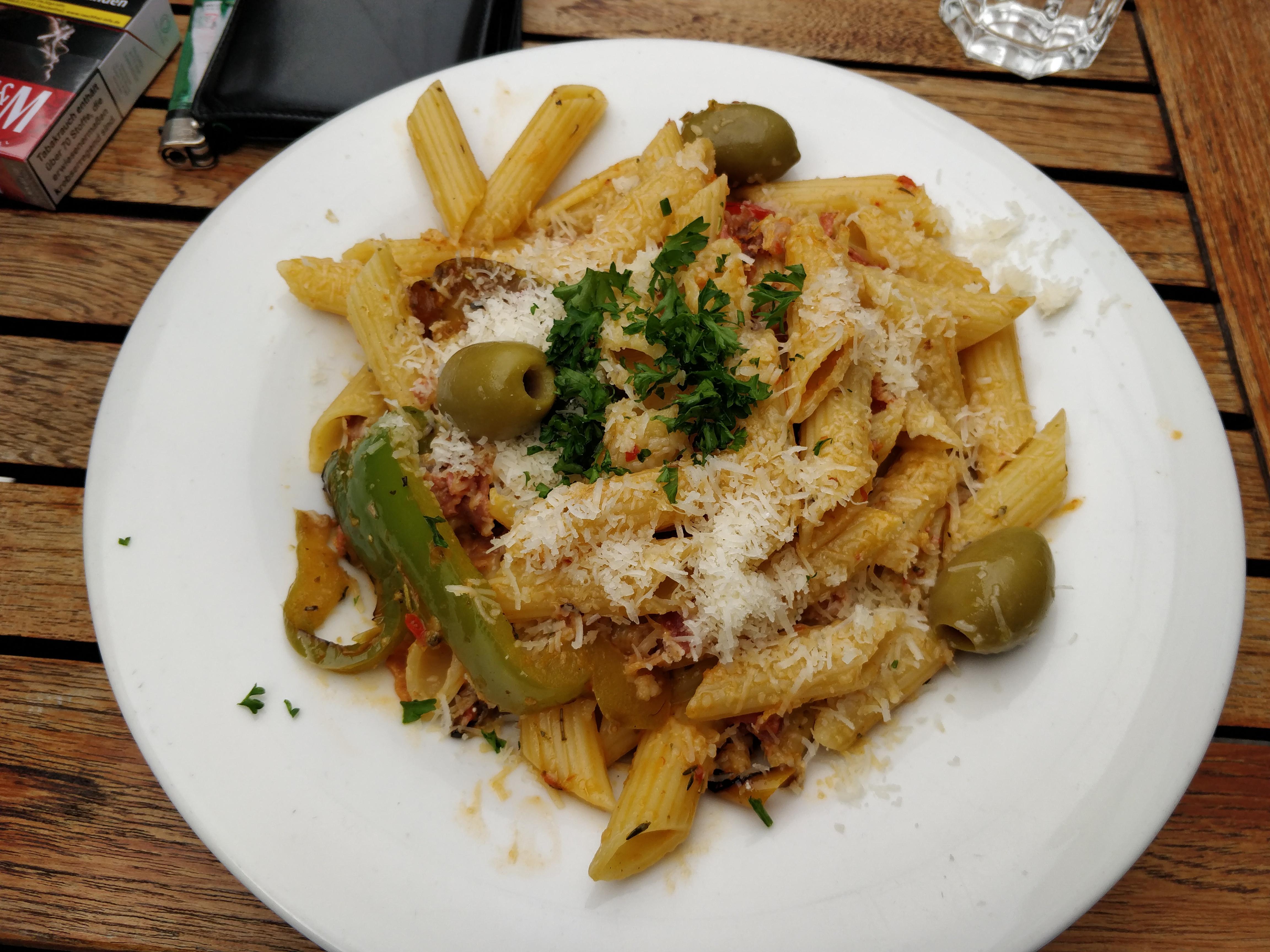 http://foodloader.net/nico_2017-09-28_penne-mit-gemuese-sauce.jpg