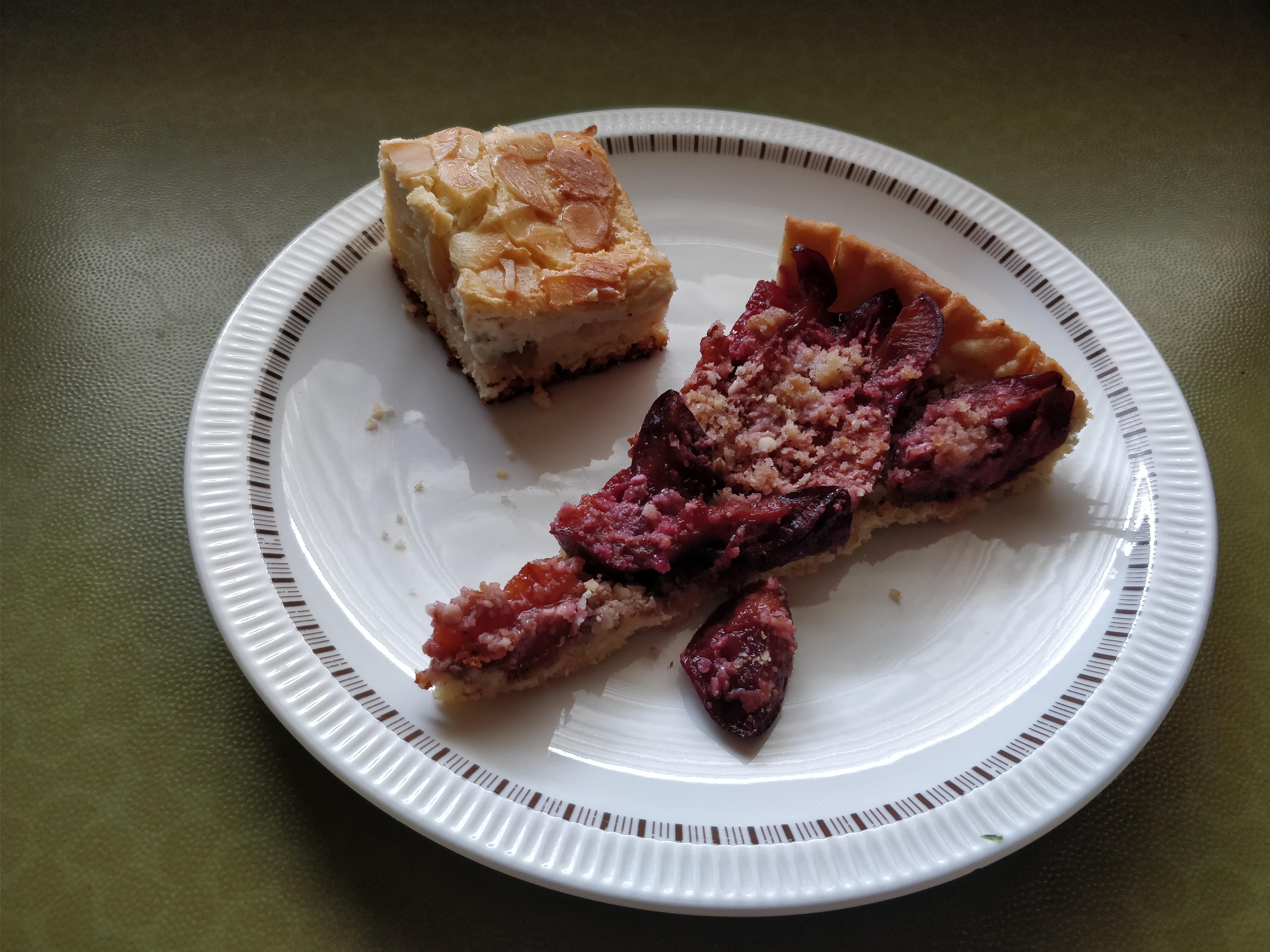 http://foodloader.net/nico_2017-10-03_zwetschgenkuchen-und-rhabarberkuchen.jpg