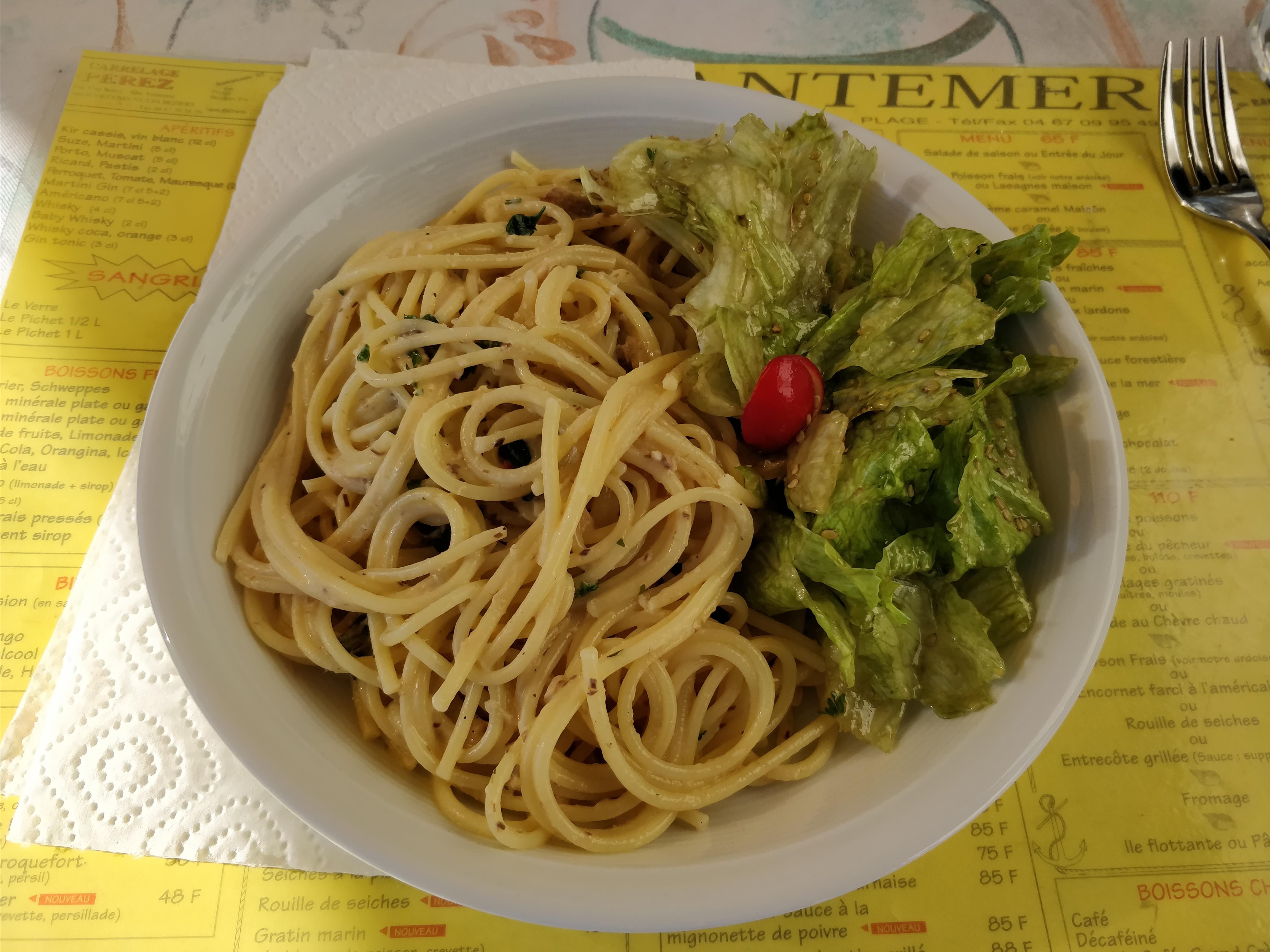 http://foodloader.net/nico_2017-10-15_spaghetti-mit-sardinen-sahne-sauce.jpg