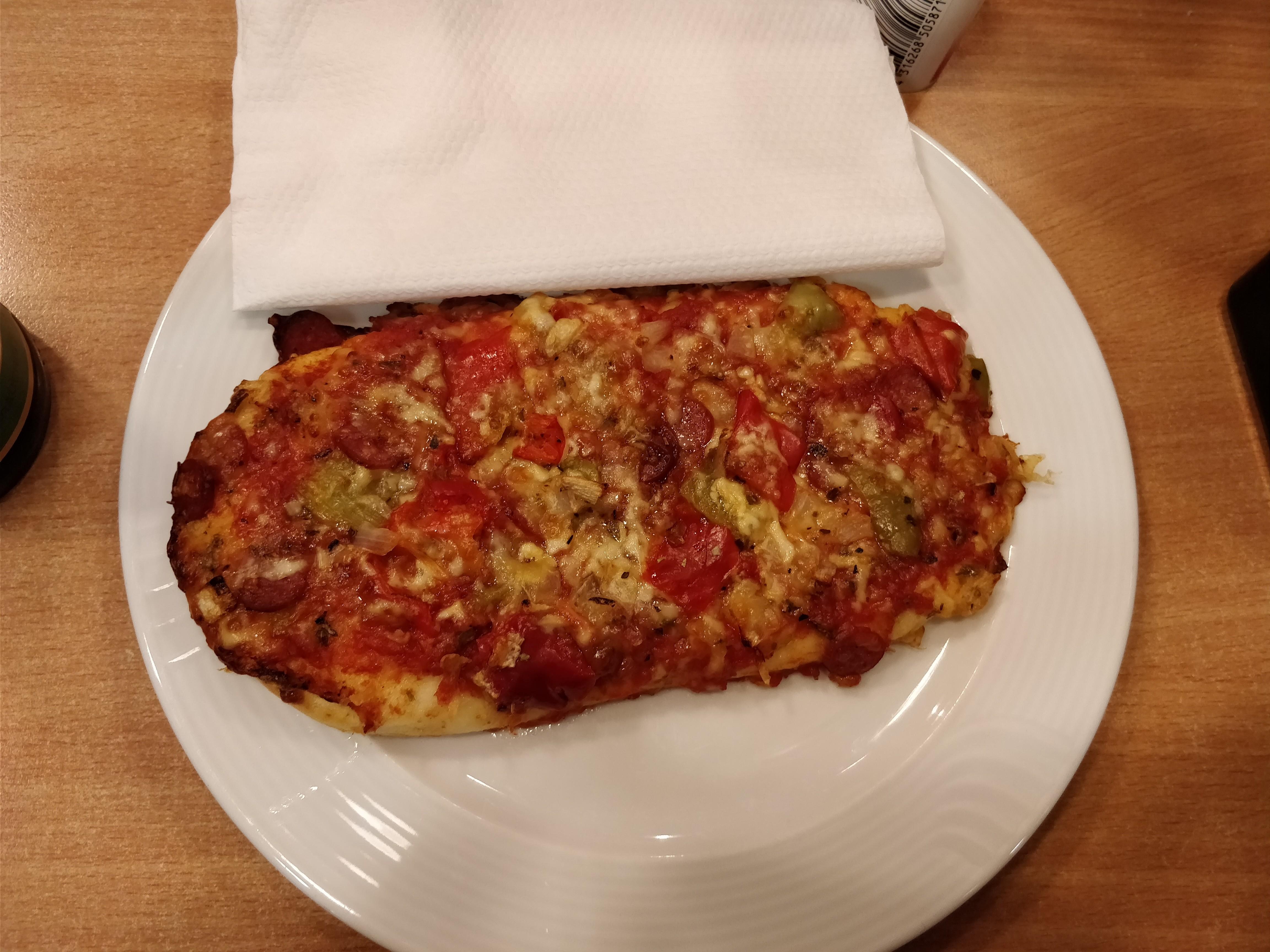 http://foodloader.net/nico_2017-10-20_pizzazunge.jpg