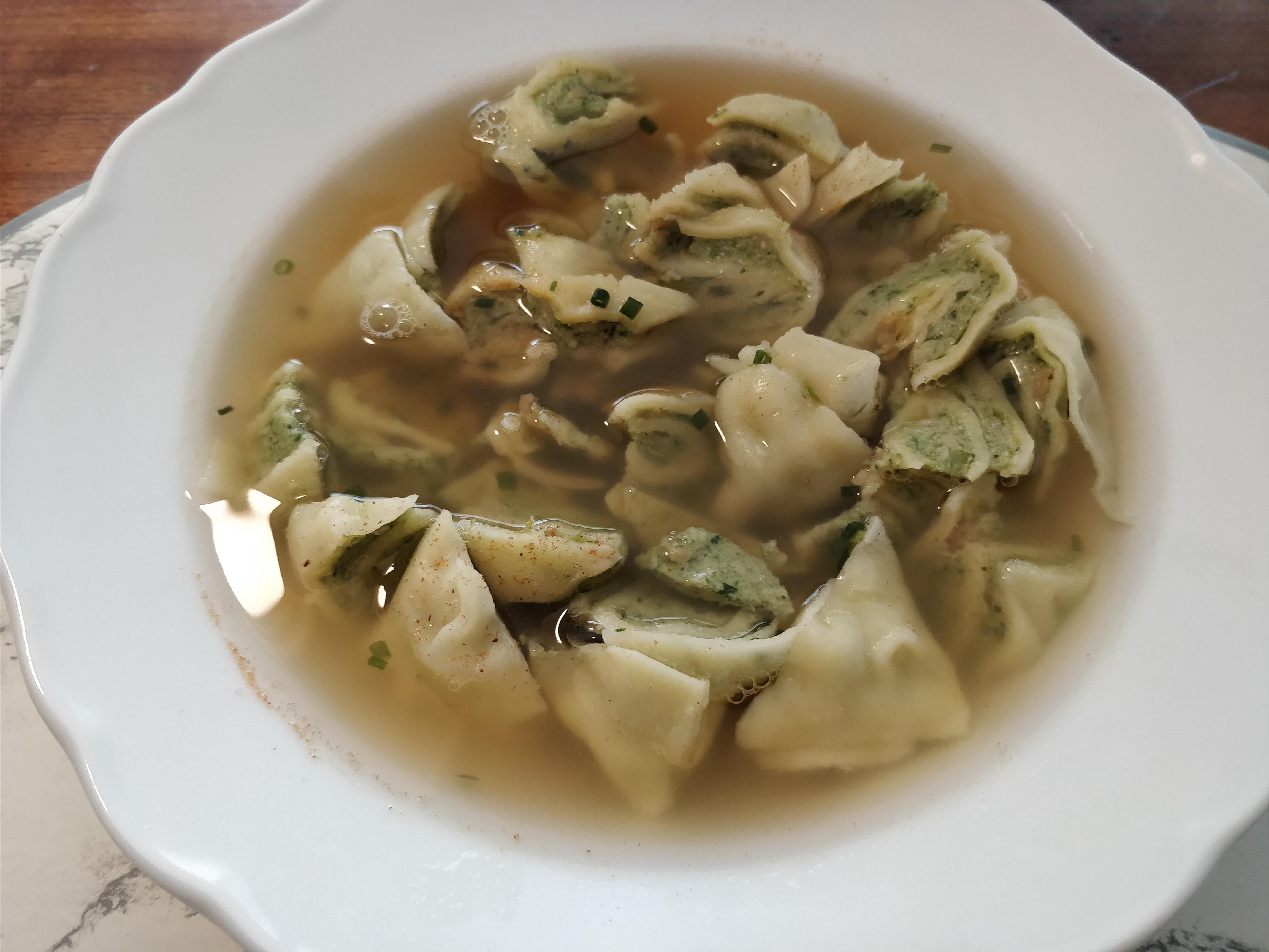 https://foodloader.net/nico_2017-10-31_maultaschen-in-der-bruehe.jpg