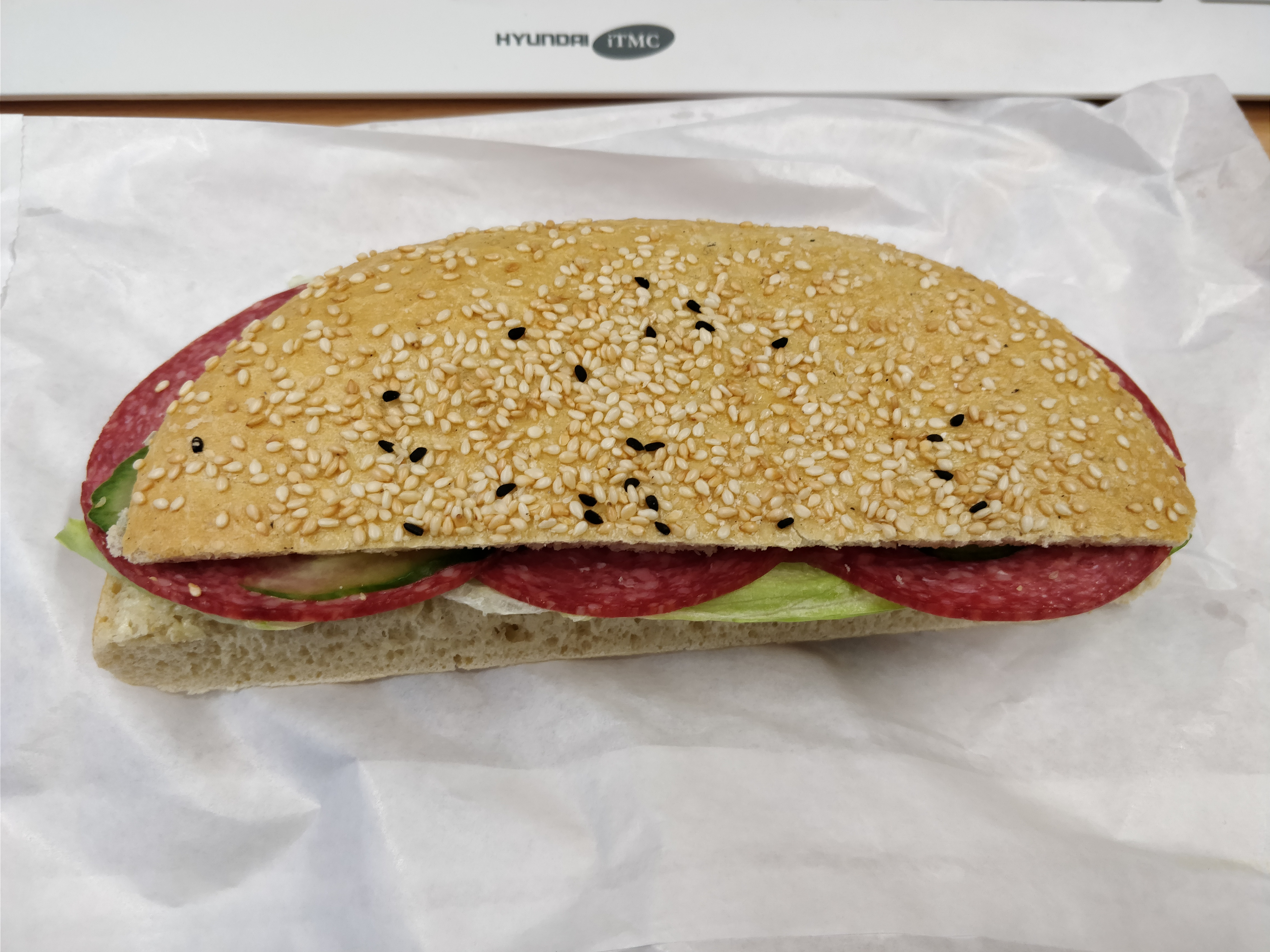 https://foodloader.net/nico_2017-12-01_belegtes-broetchen.jpg