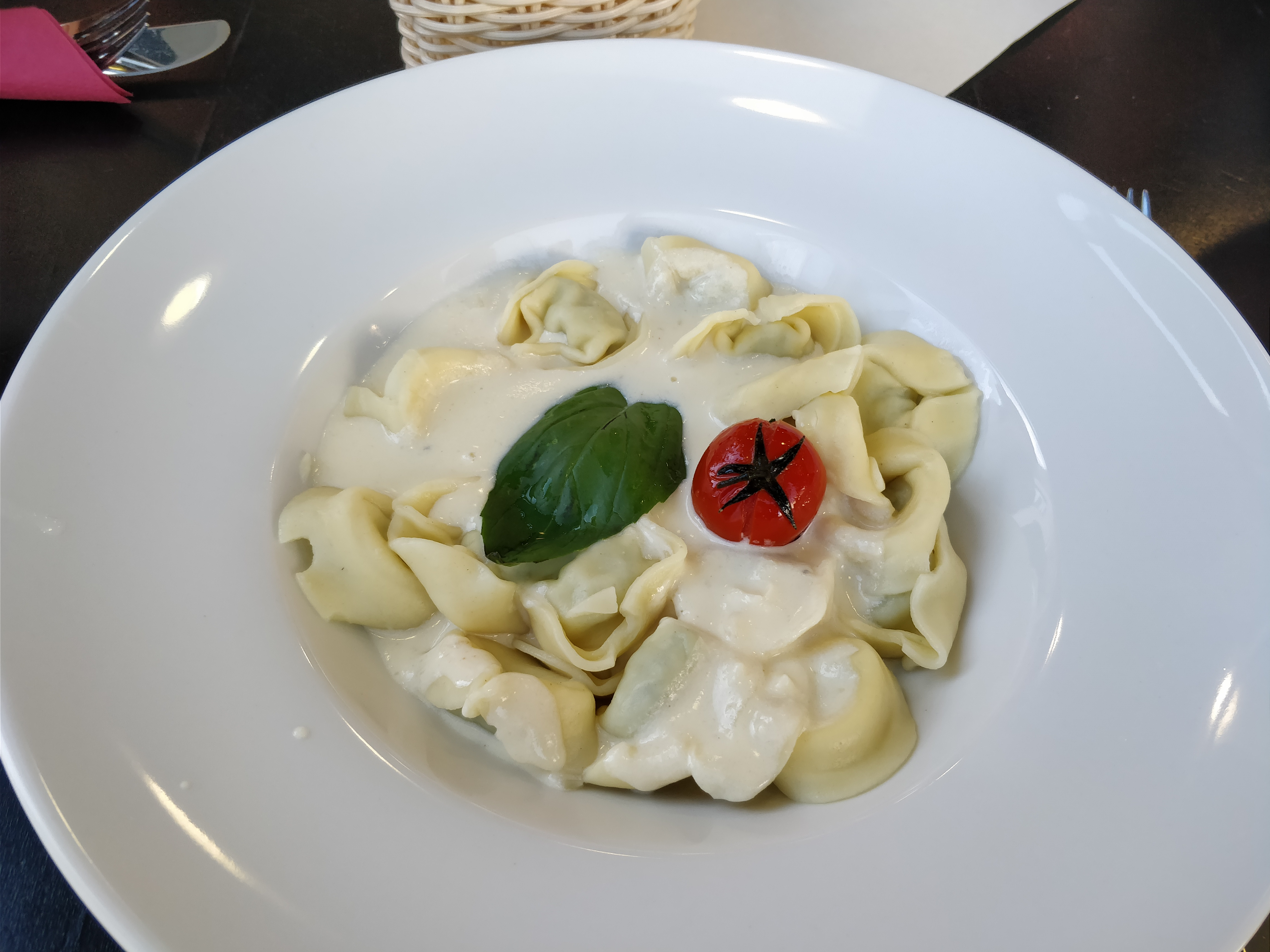 http://foodloader.net/nico_2017-12-13_tortellini.jpg