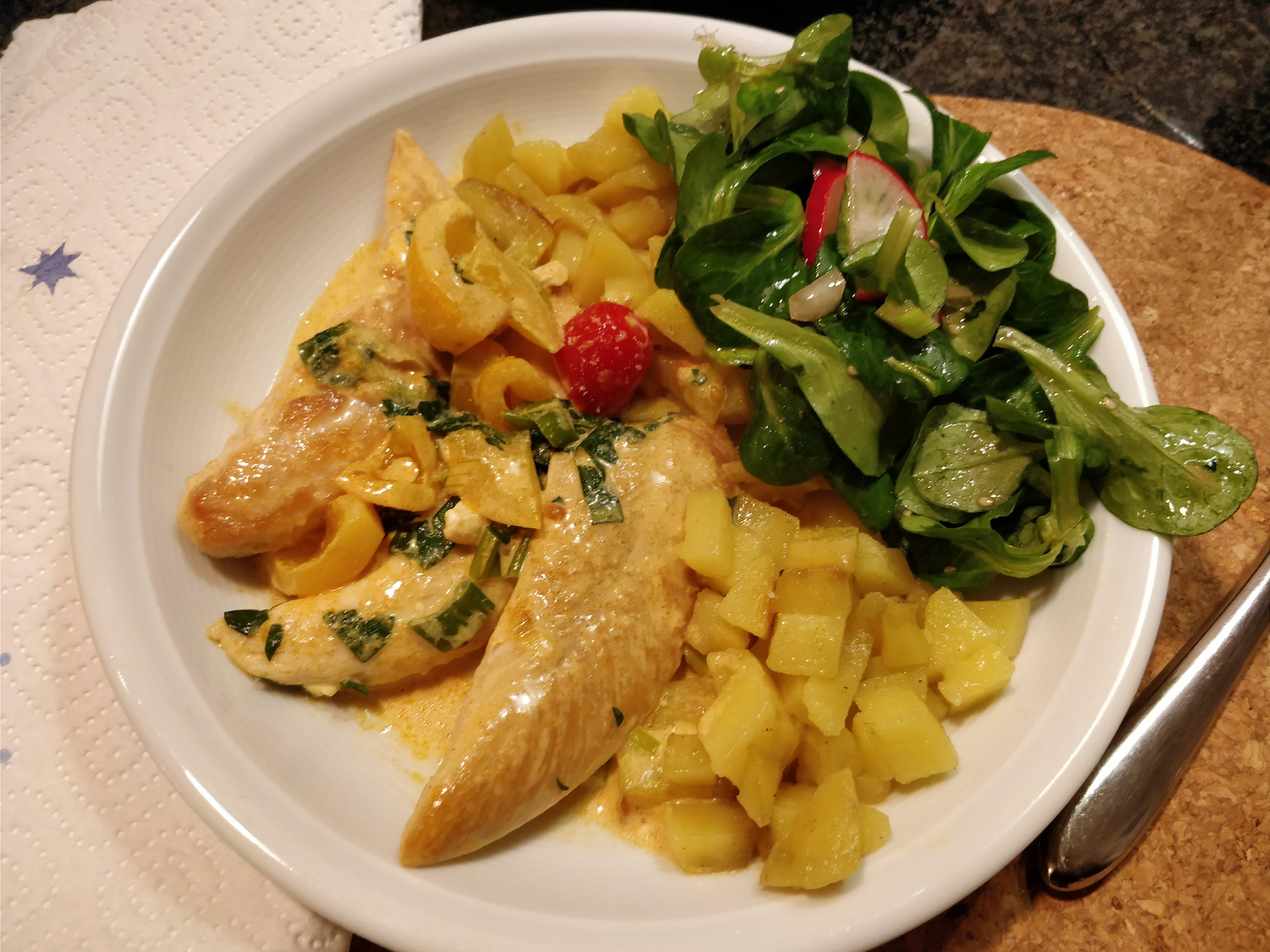 https://foodloader.net/nico_2017-12-16_fleisch-kartoffeln-salat.jpg