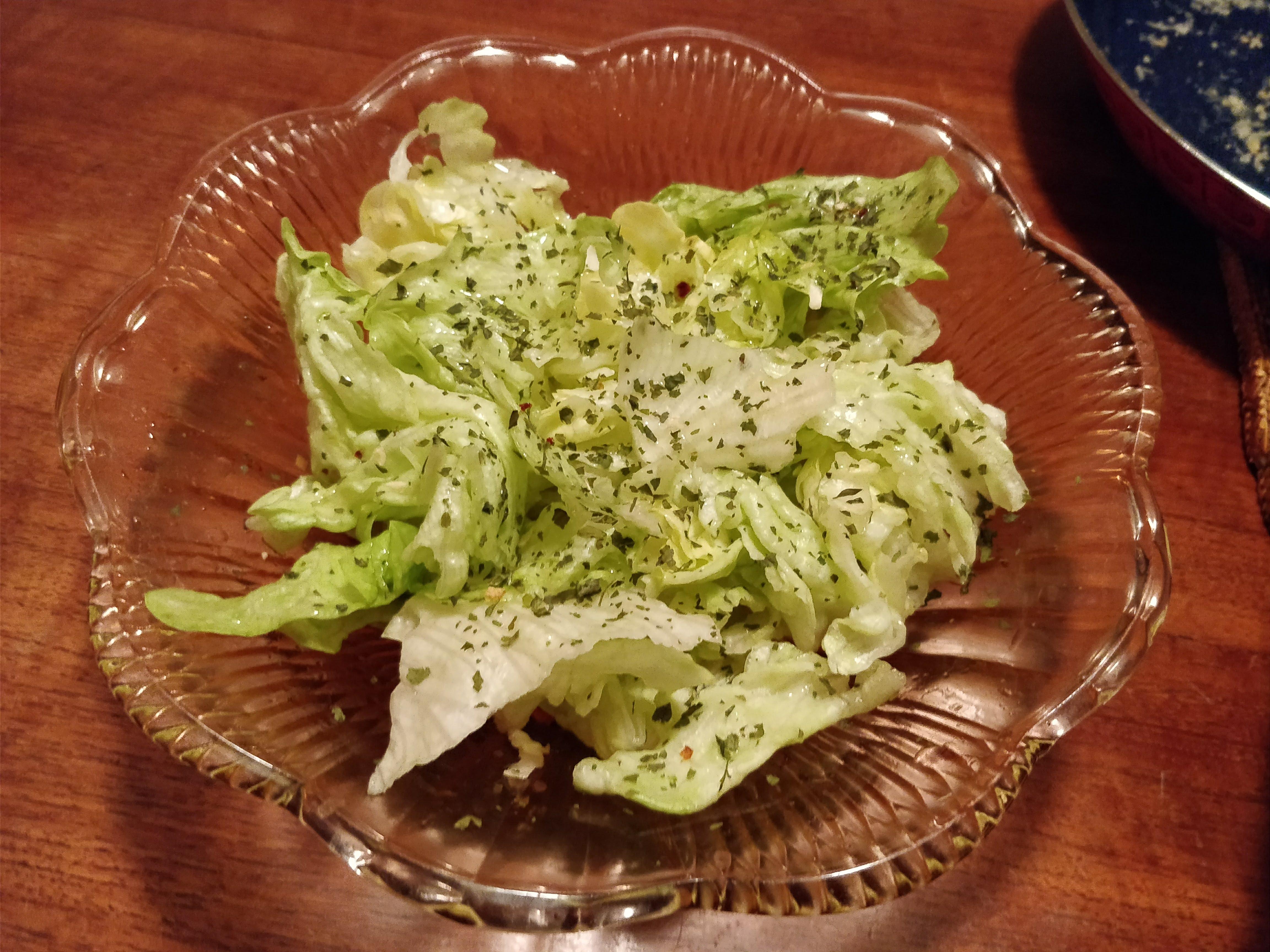 https://foodloader.net/nico_2018-01-10_salat.jpg