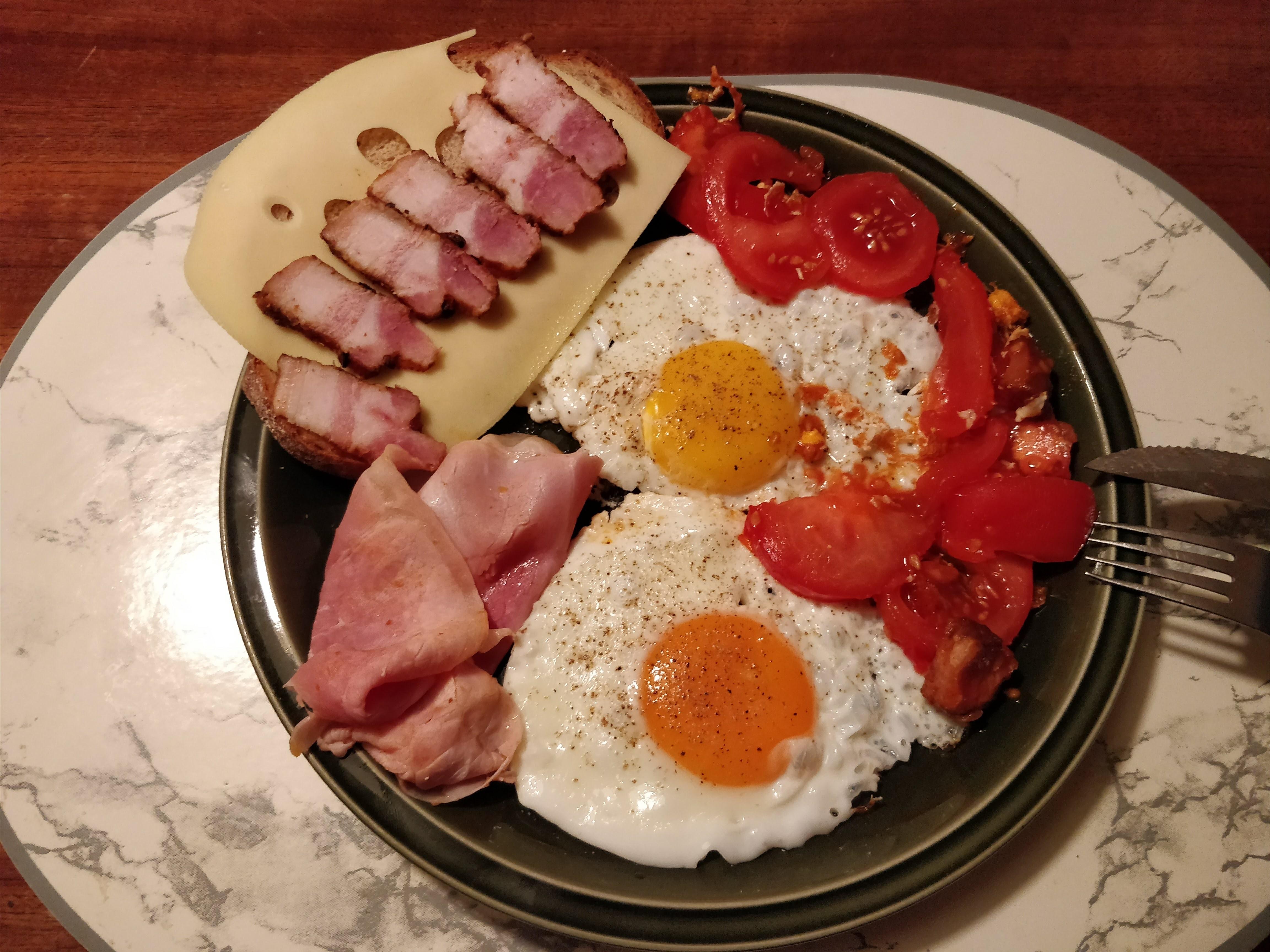 http://foodloader.net/nico_2018-01-13_spiegeleier.jpg