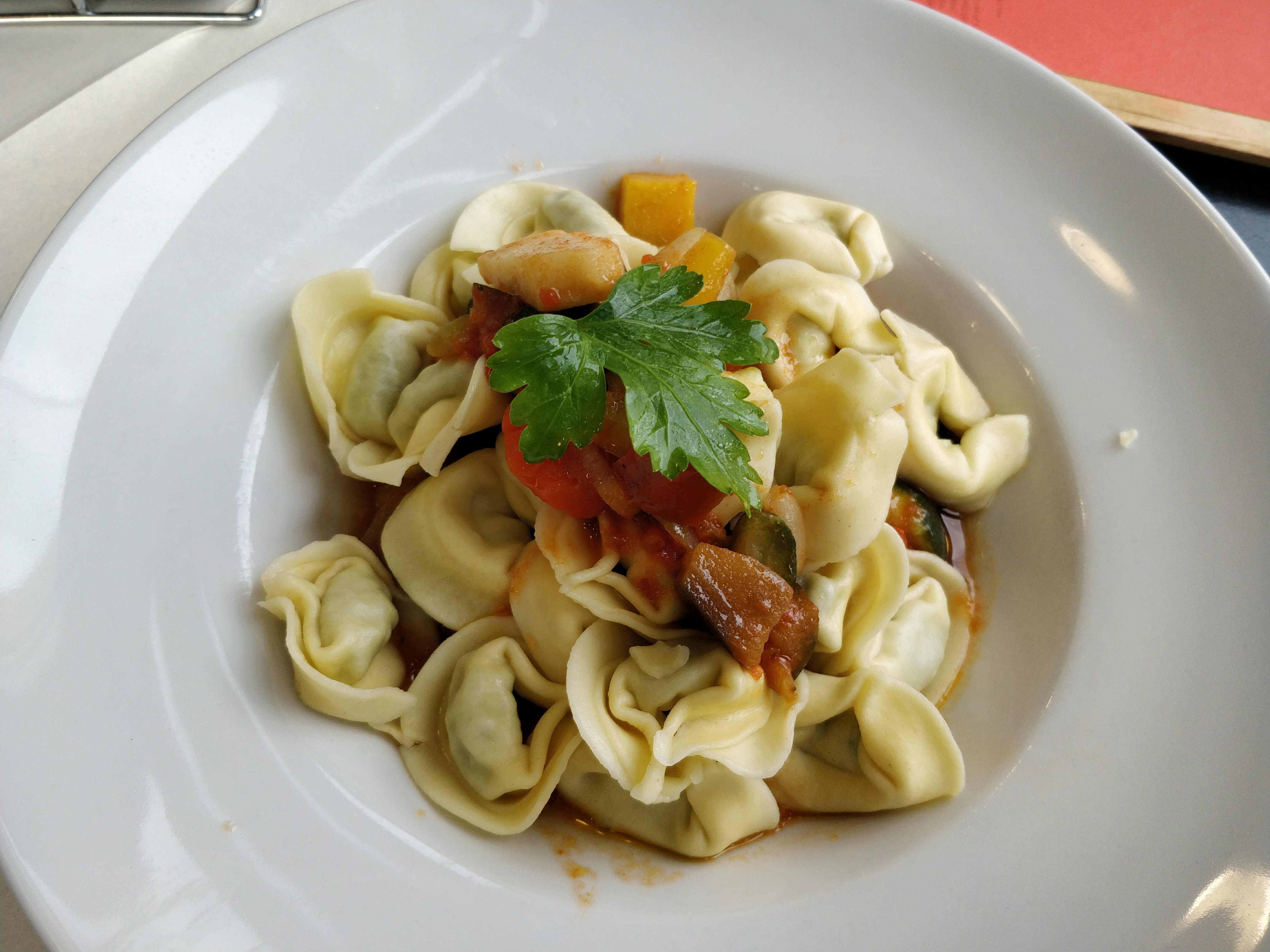 http://foodloader.net/nico_2018-02-07_tortellini.jpg