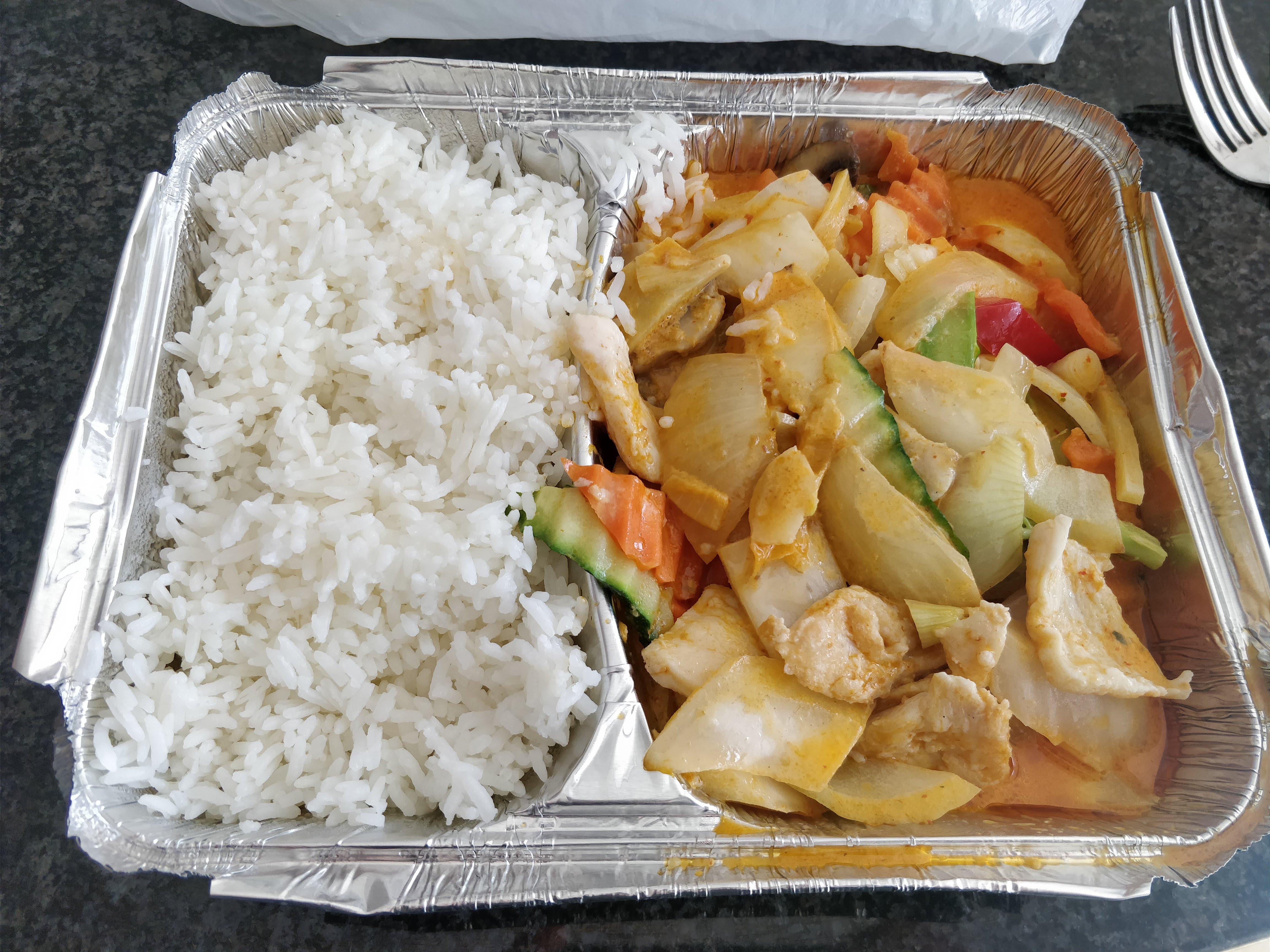 http://foodloader.net/nico_2018-04-07_asiatisch-mit-reis.jpg