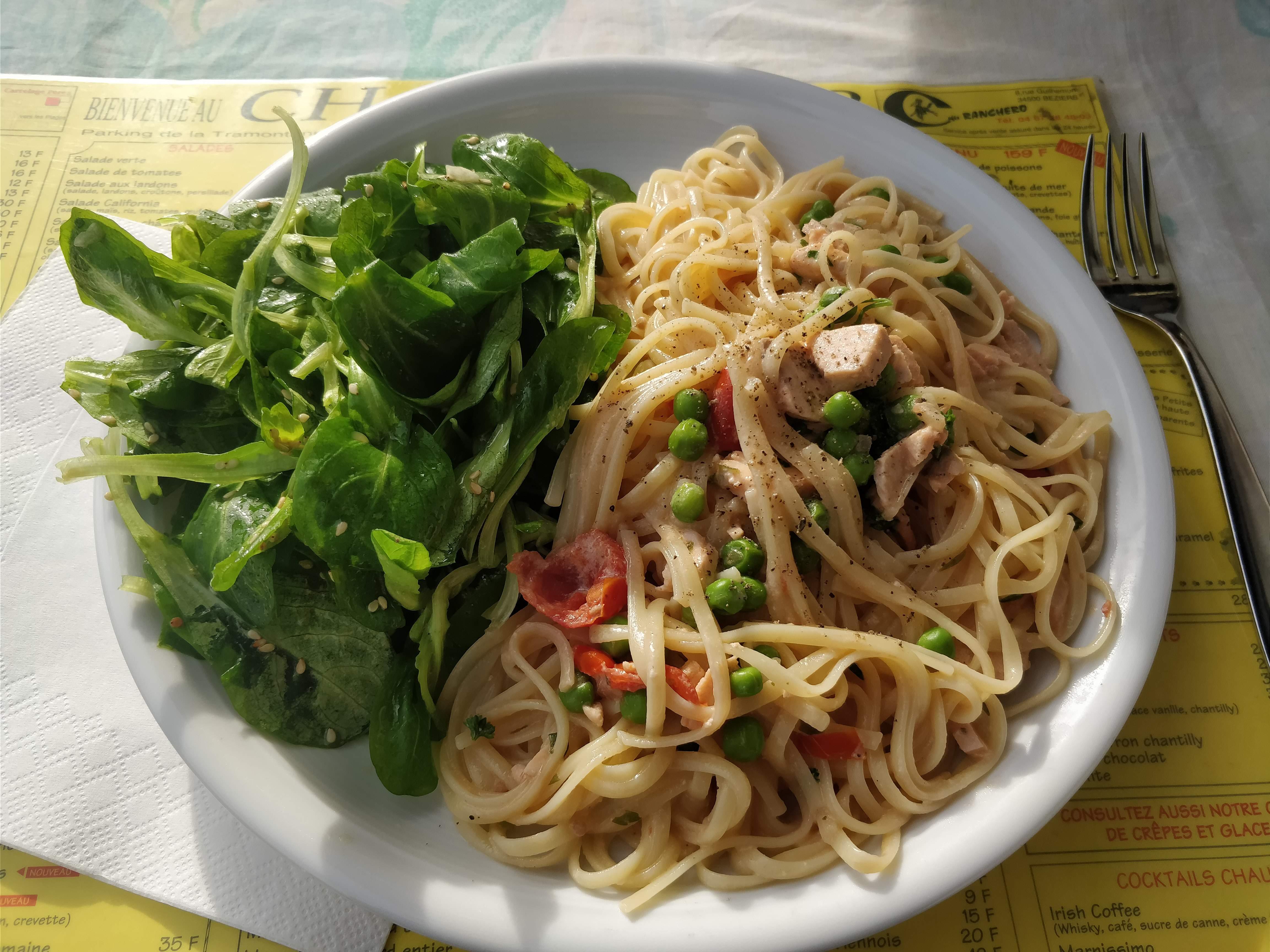 https://foodloader.net/nico_2018-05-21_linguine-mit-lachs-sahne-sauce.jpg