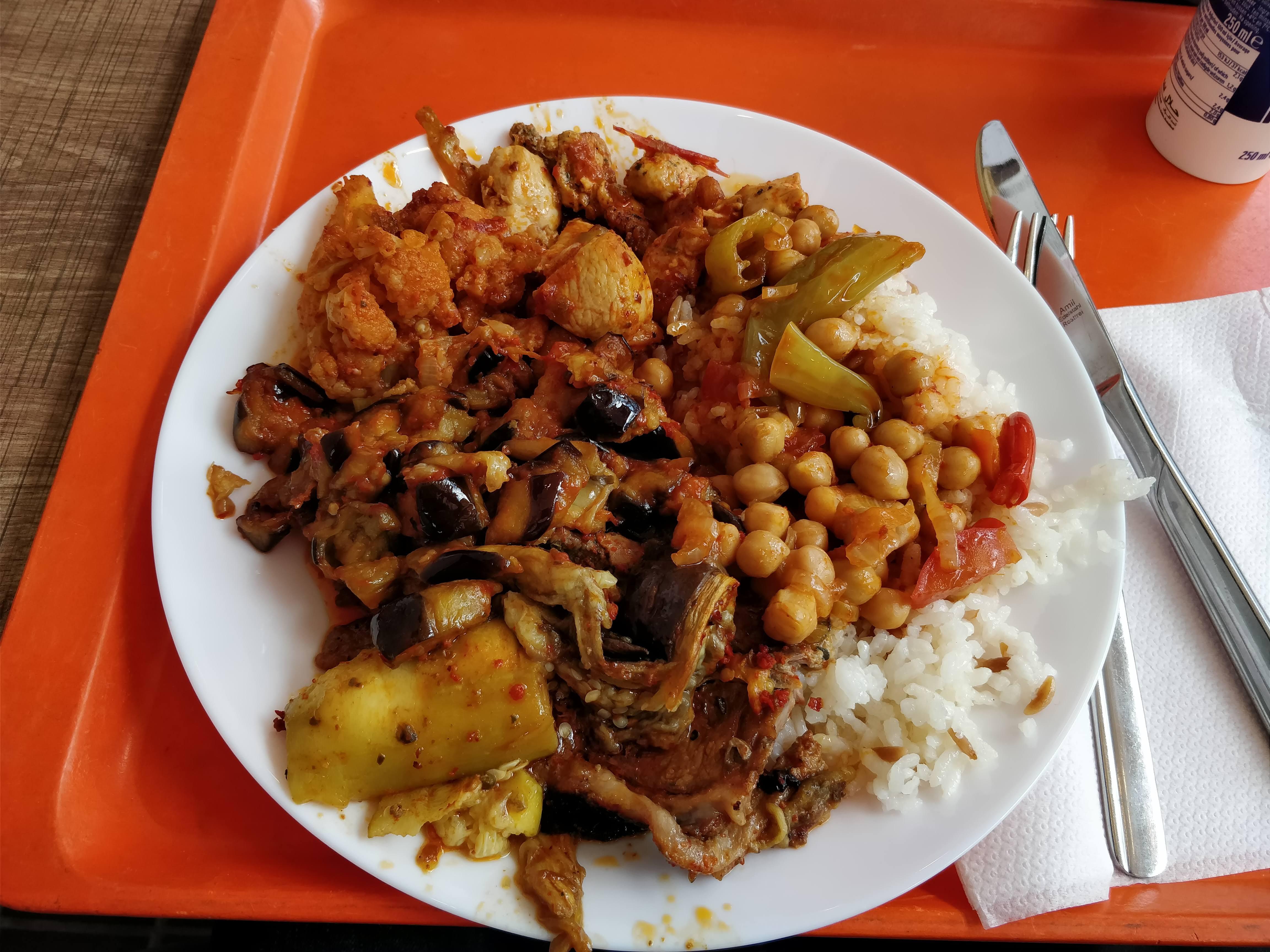 https://foodloader.net/nico_2018-06-04_tuerke-tagesbuffet.jpg