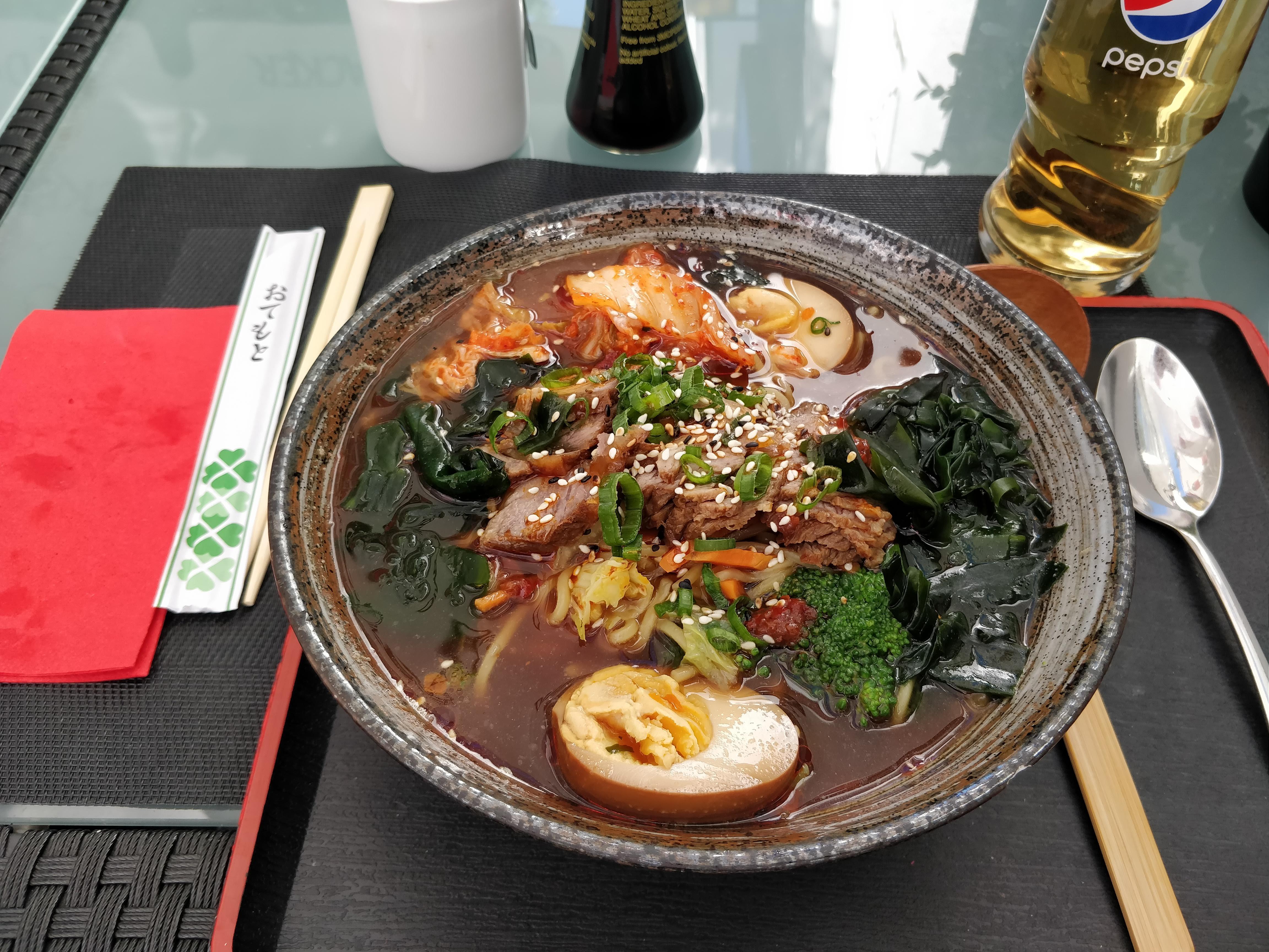 https://foodloader.net/nico_2019-06-28_ramen.jpg