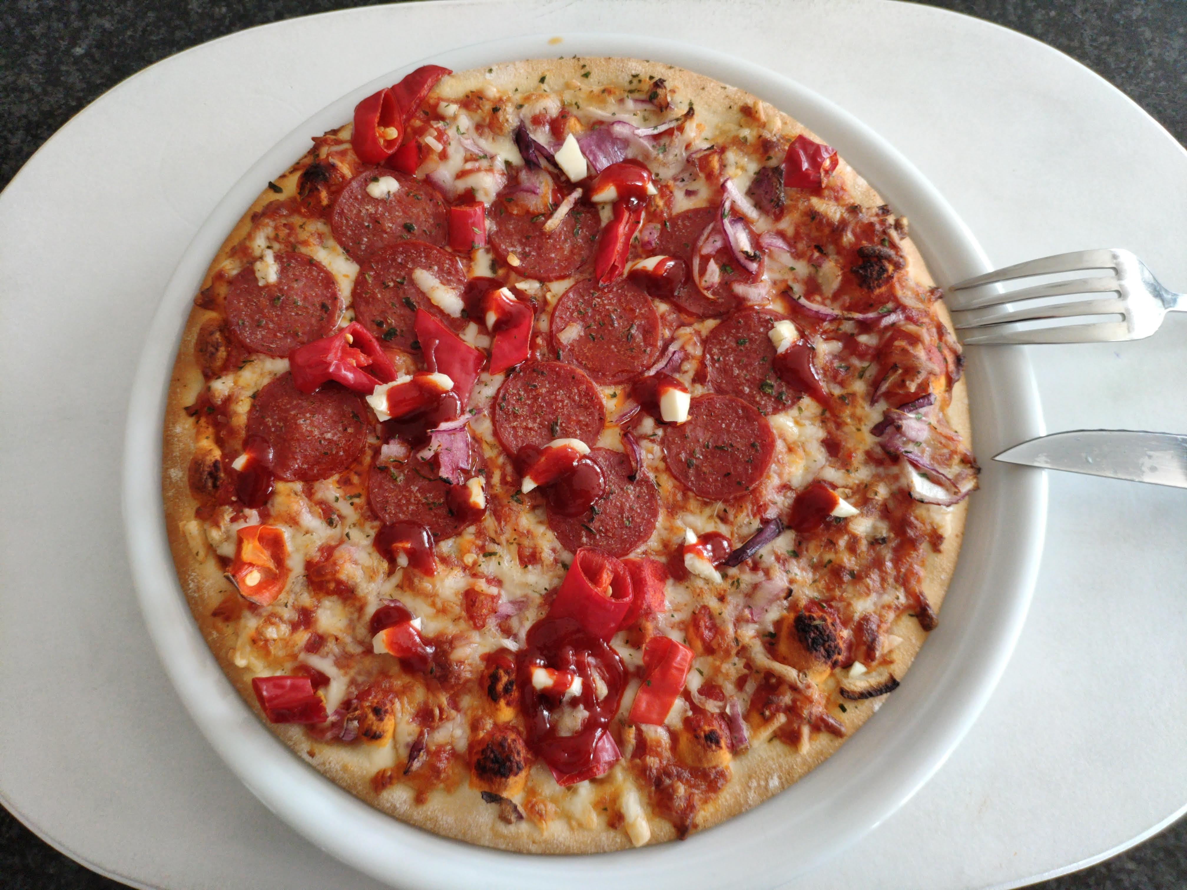 https://foodloader.net/nico_2020-06-18_pizza.jpg