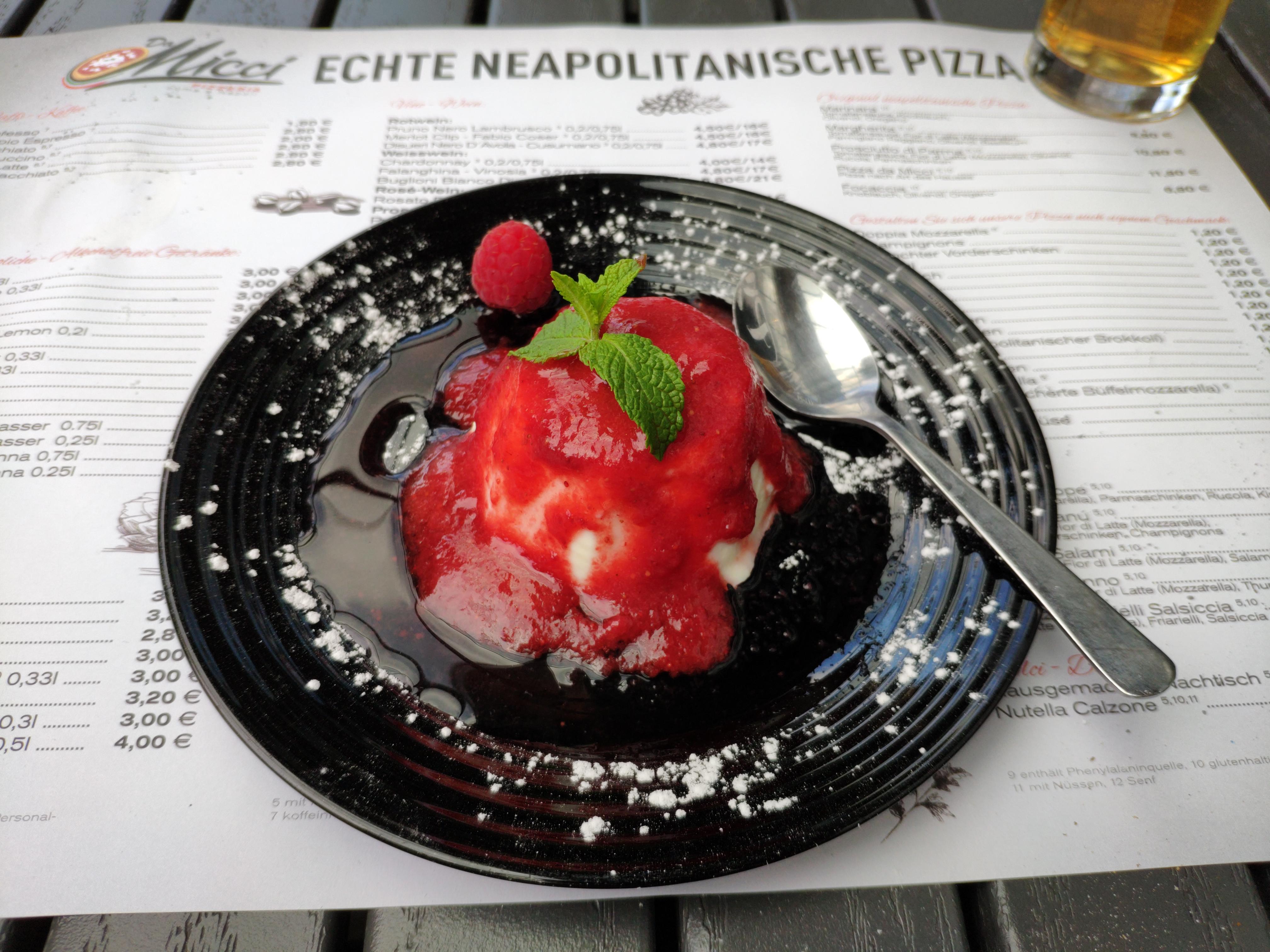 https://foodloader.net/nico_2020-08-19_panna-cotta.jpg