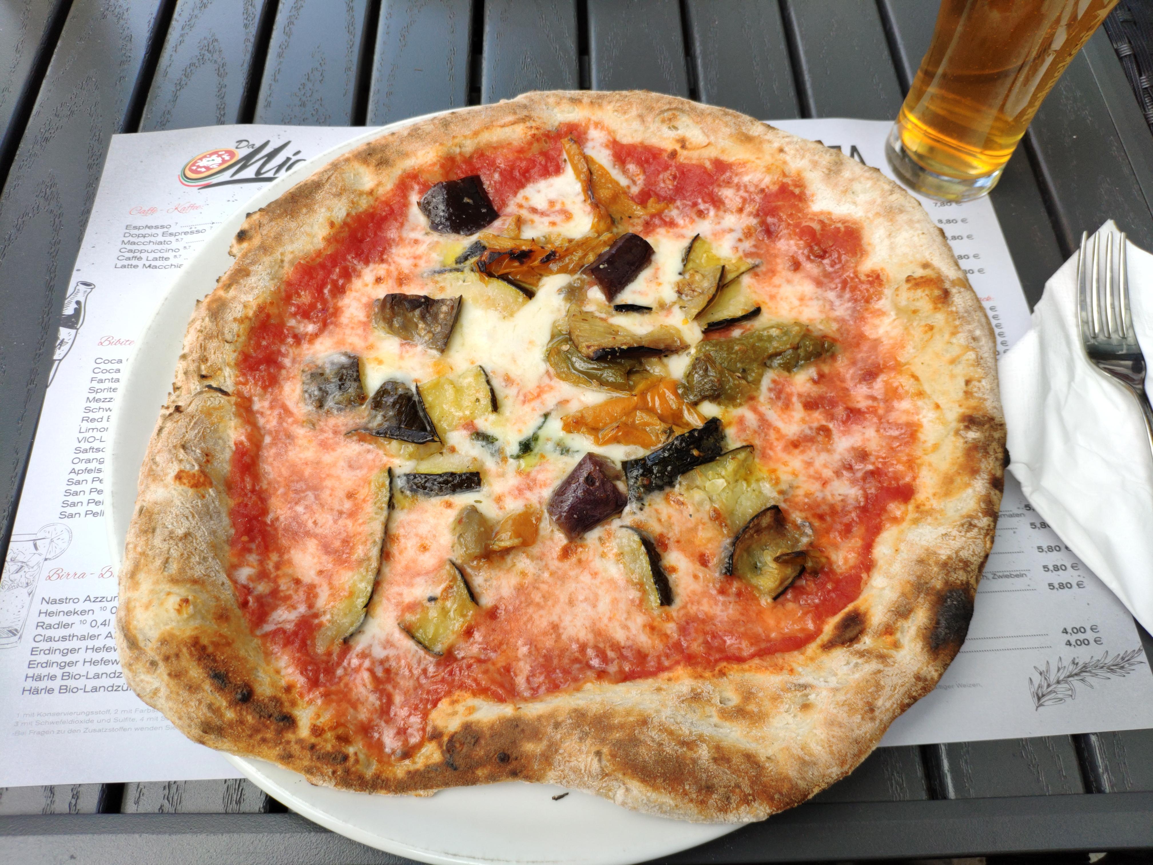https://foodloader.net/nico_2020-08-19_pizza-mit-gegrilltem-gemuese.jpg