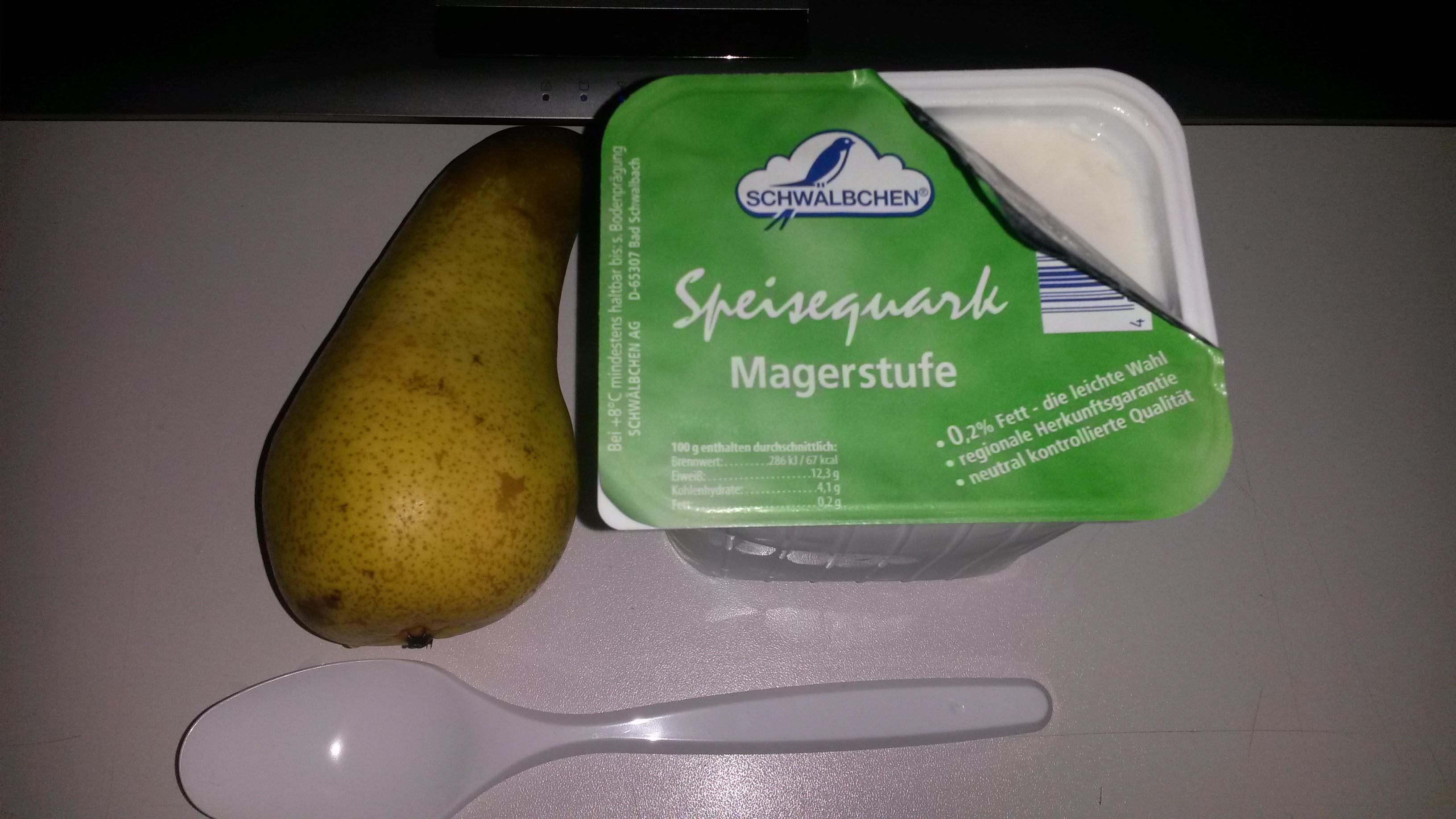 http://foodloader.net/sk0r_2014-04-12_Magerquark_und_Birne.jpg