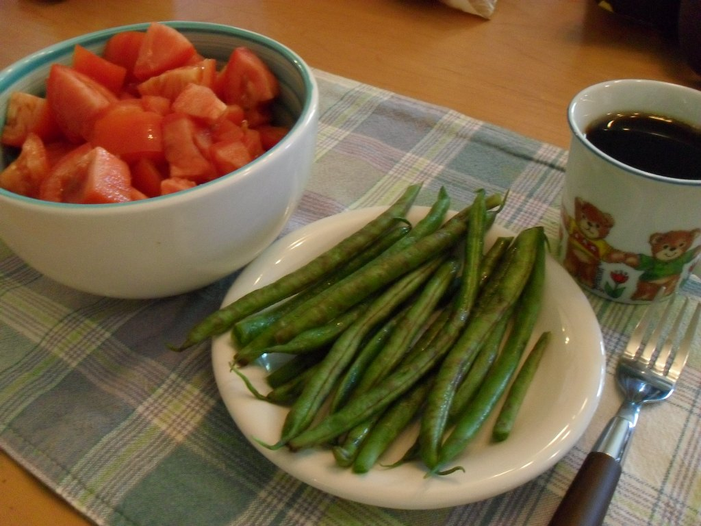 https://foodloader.net/sweetie_2013-09-14_tomatoes__green_beans__coffee.jpg