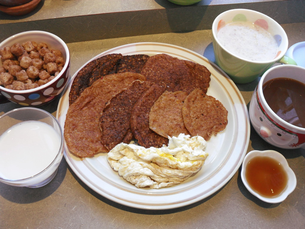 sweetie • 2013-11-09 • churro cereal, pumpkin pancakes, oatmeal, coffee, soy milk, eggs, syrup