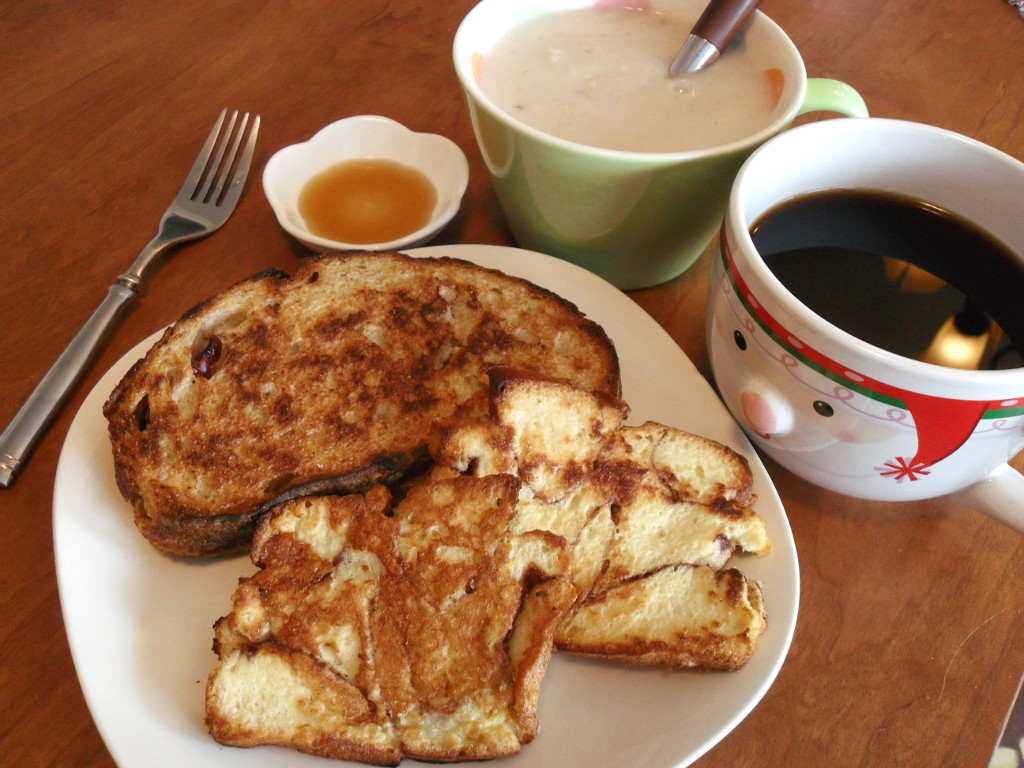 https://foodloader.net/sweetie_2013-12-07_maple_syrup__oatmeal__coffee__cranberry_french_toast__cinnamon_french_toast.jpg