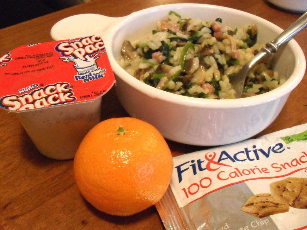 https://foodloader.net/sweetie_2013-12-21_tapioca__rice__velveeta__ham__spinach__mushrooms__clementine__mini_cookies.jpg