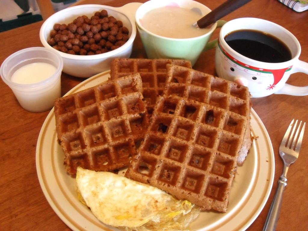 https://foodloader.net/sweetie_2013-12-30_goat_milk__cocoa_puffs__oatmeal__coffee__graham_waffle__egg_omelette.jpg
