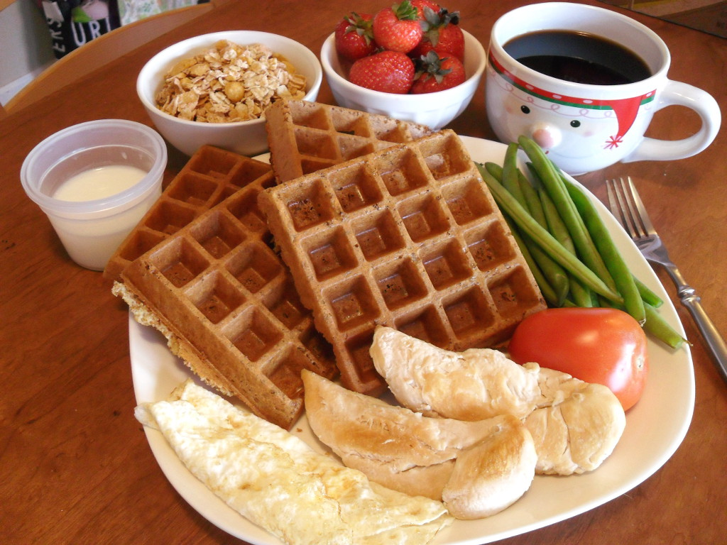 https://foodloader.net/sweetie_2014-01-02_milk__granola__strawberries__coffee__waffle__beans__eggs__chicken__tomato.jpg