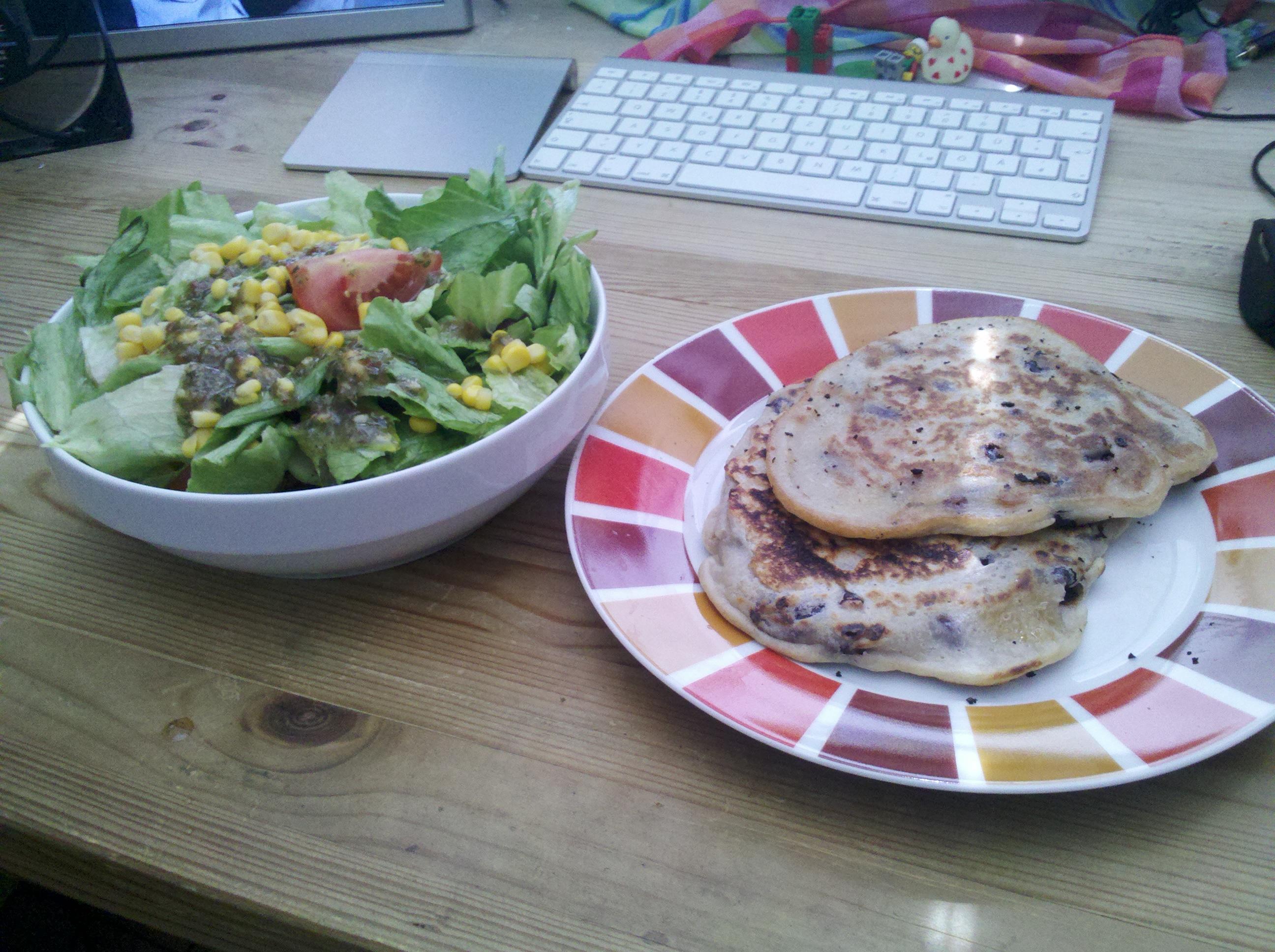 https://foodloader.net/thunfisch_2012-07-05_salat_ciabattaomlets.jpg