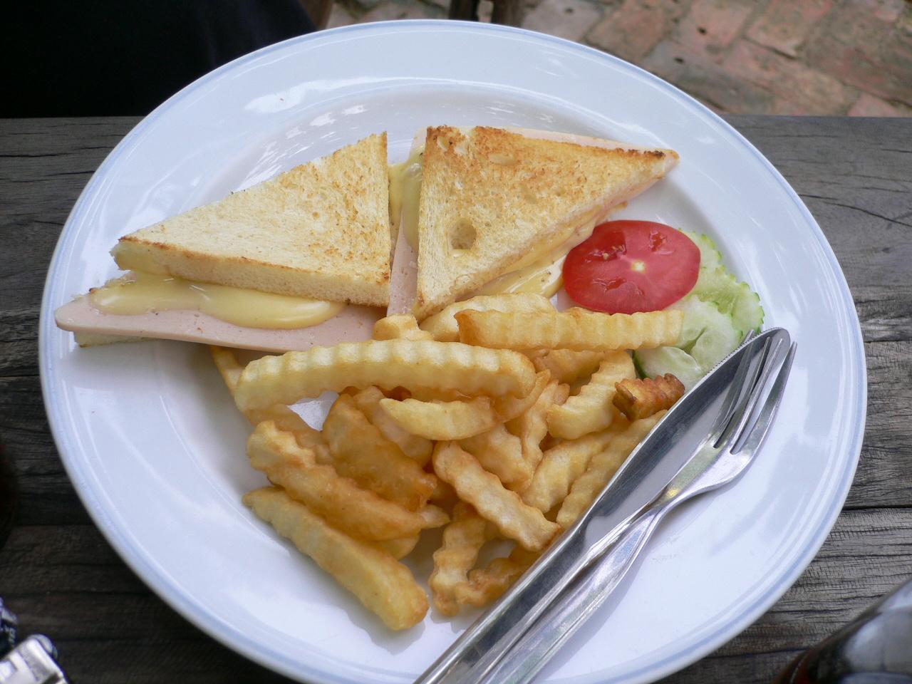 https://foodloader.net/xSh_2007-07-20_Toast_French_Fries.jpg