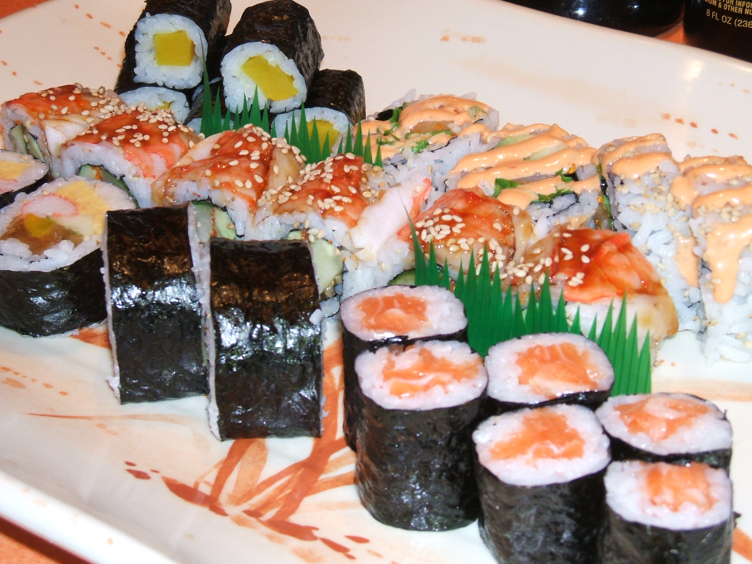 https://foodloader.net/xSh_2009-10-24_Sushi.jpg