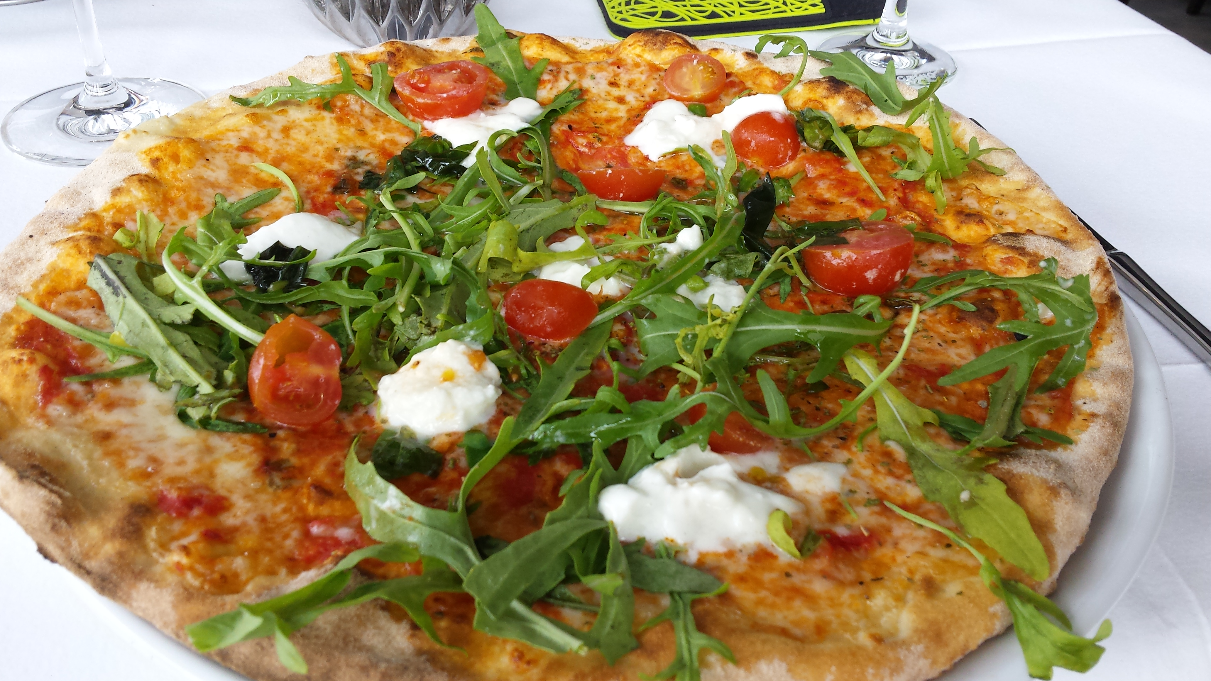 http://foodloader.net/xSh_2015-04-26_Pizza_Riviera_.jpg