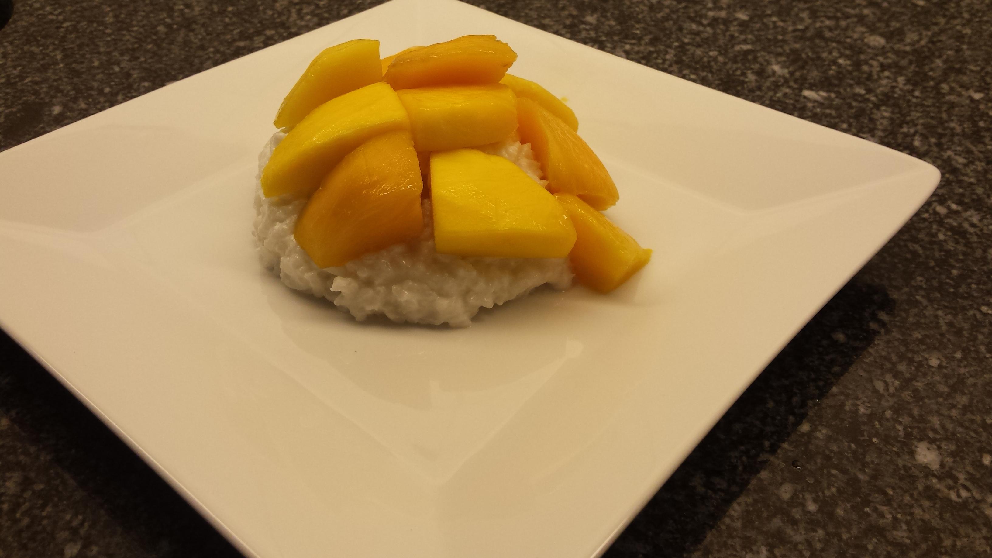 http://foodloader.net/xSh_2016-04-28_Sticky_rice_mango_.jpg