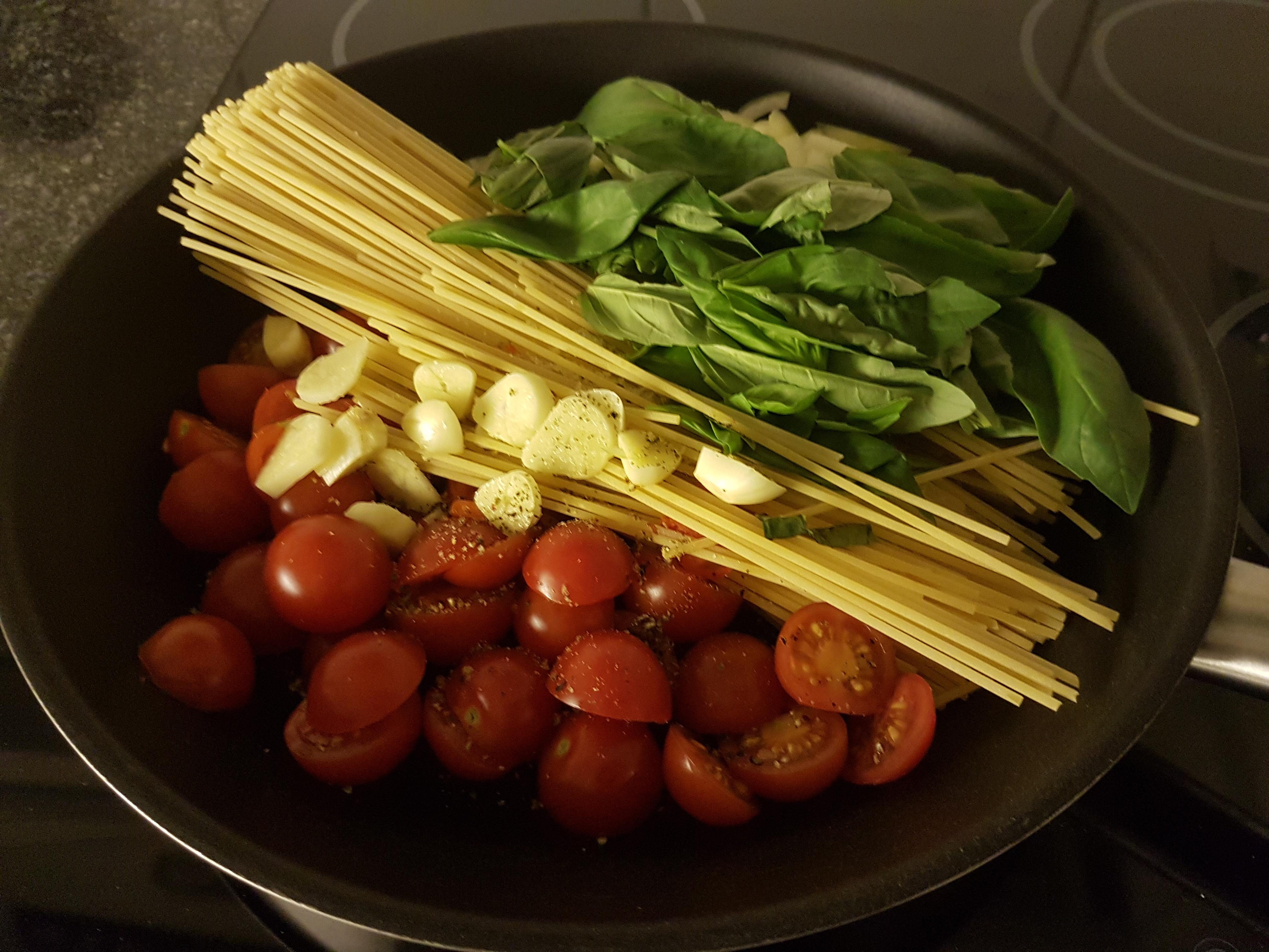 http://foodloader.net/xSh_2017-12-23_Spaghetti_.jpg