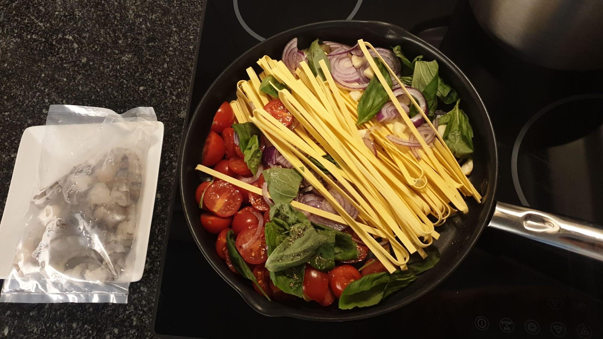 https://foodloader.net/xSh_2020-10-29_Pasta_a_la_Nonna_xSh.jpg